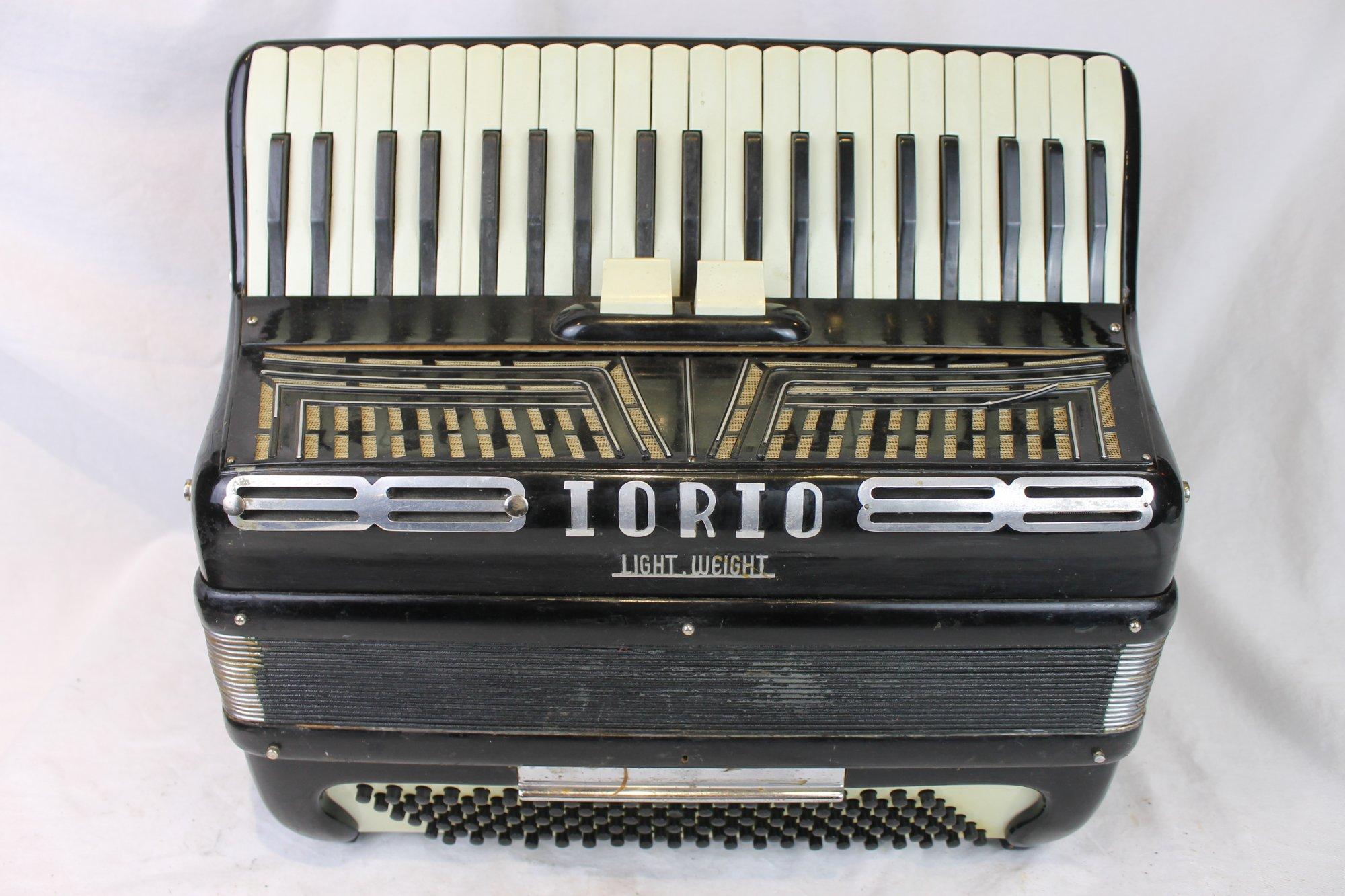 6131 - Black Iorio Lightweight Piano Accordion LMM 41 120 - For Parts or Repair