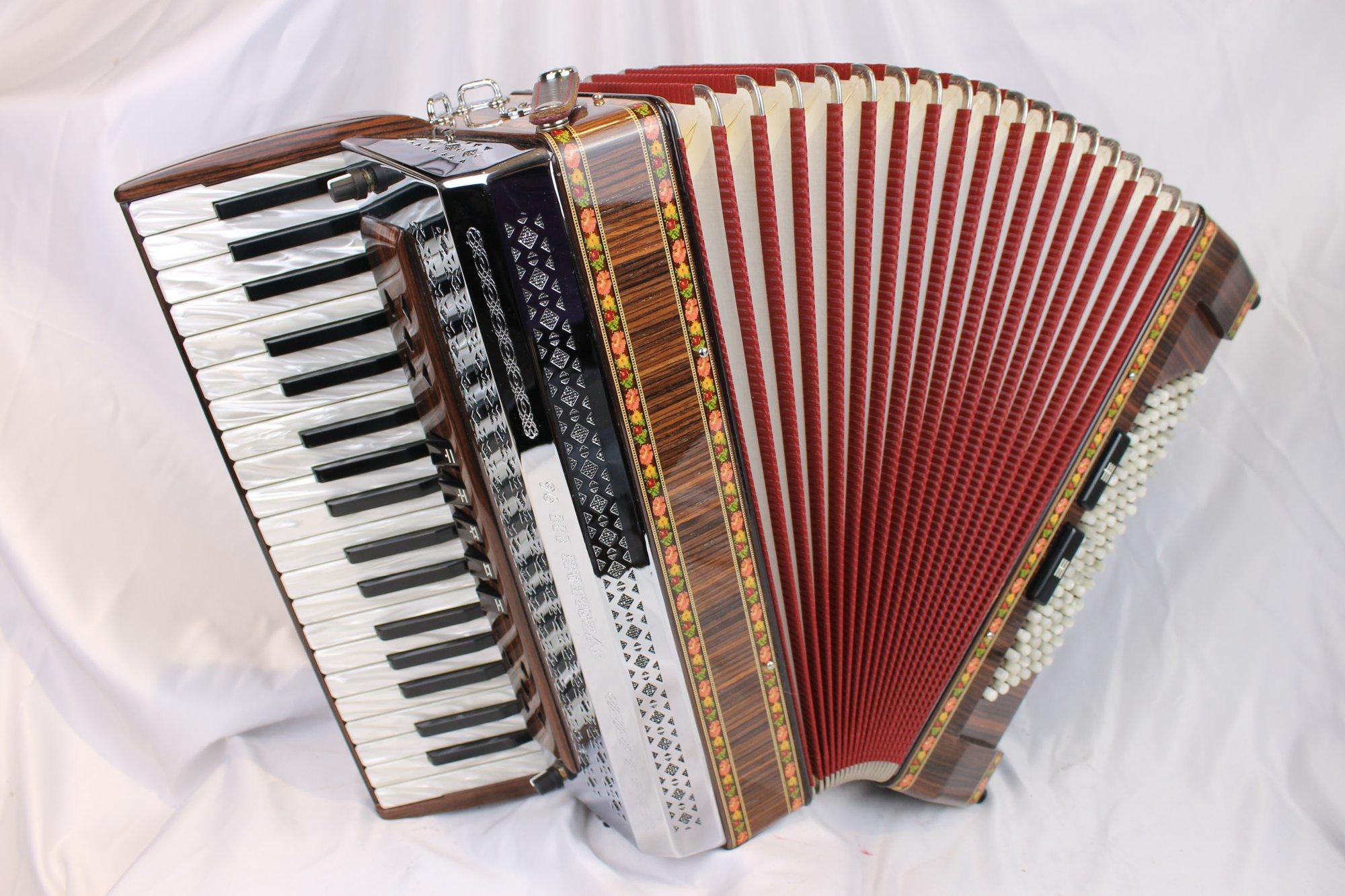 5012 - Like New Rosewood Beltuna Tyrolean III Piano Accordion LMM 37 96