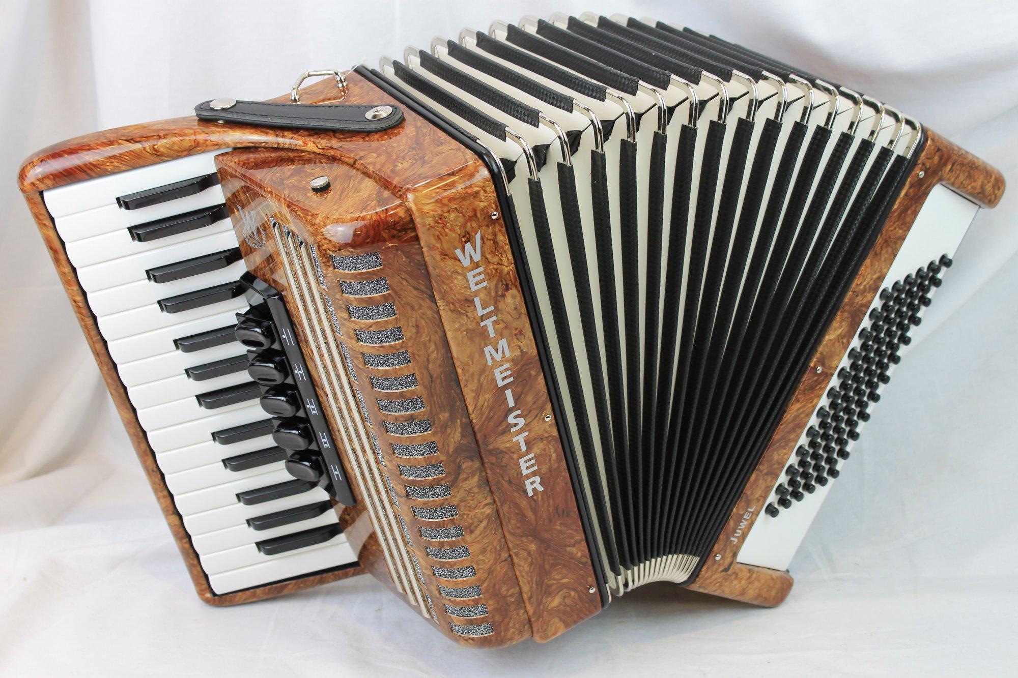 NEW Brown Weltmeister Juwel Piano Accordion LMM 30 72