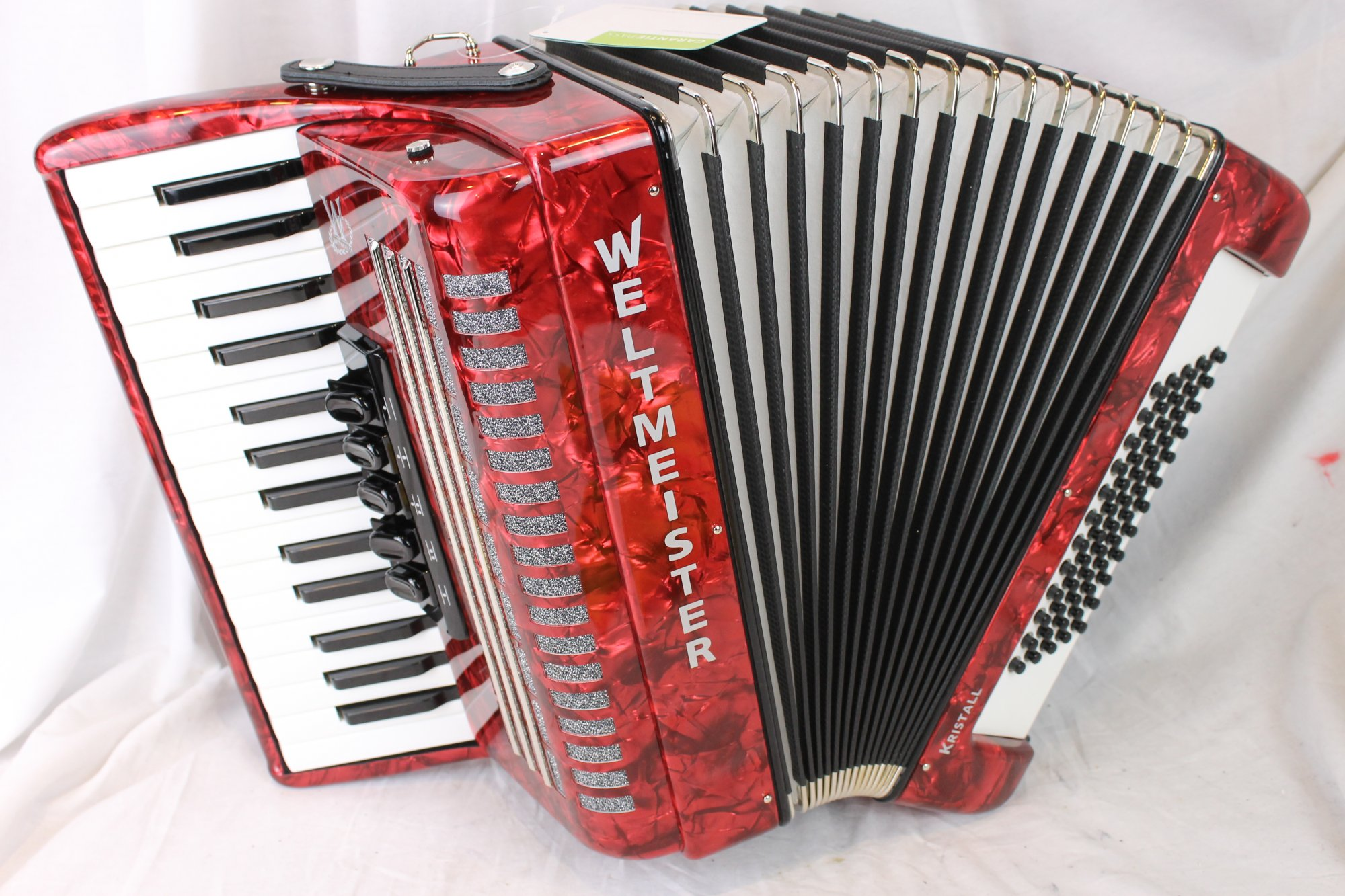NEW Red Weltmeister Kristall Piano Accordion LMM 30 60