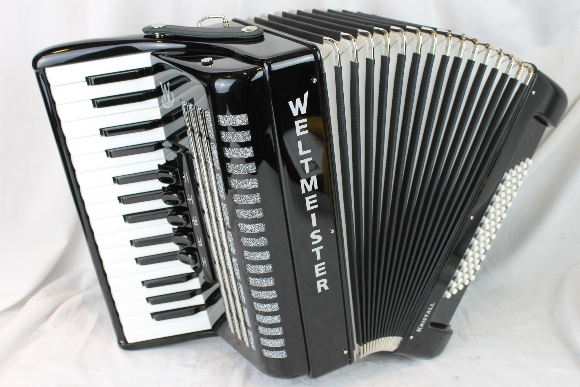 NEW Black Weltmeister Kristall Piano Accordion LMM 30 60