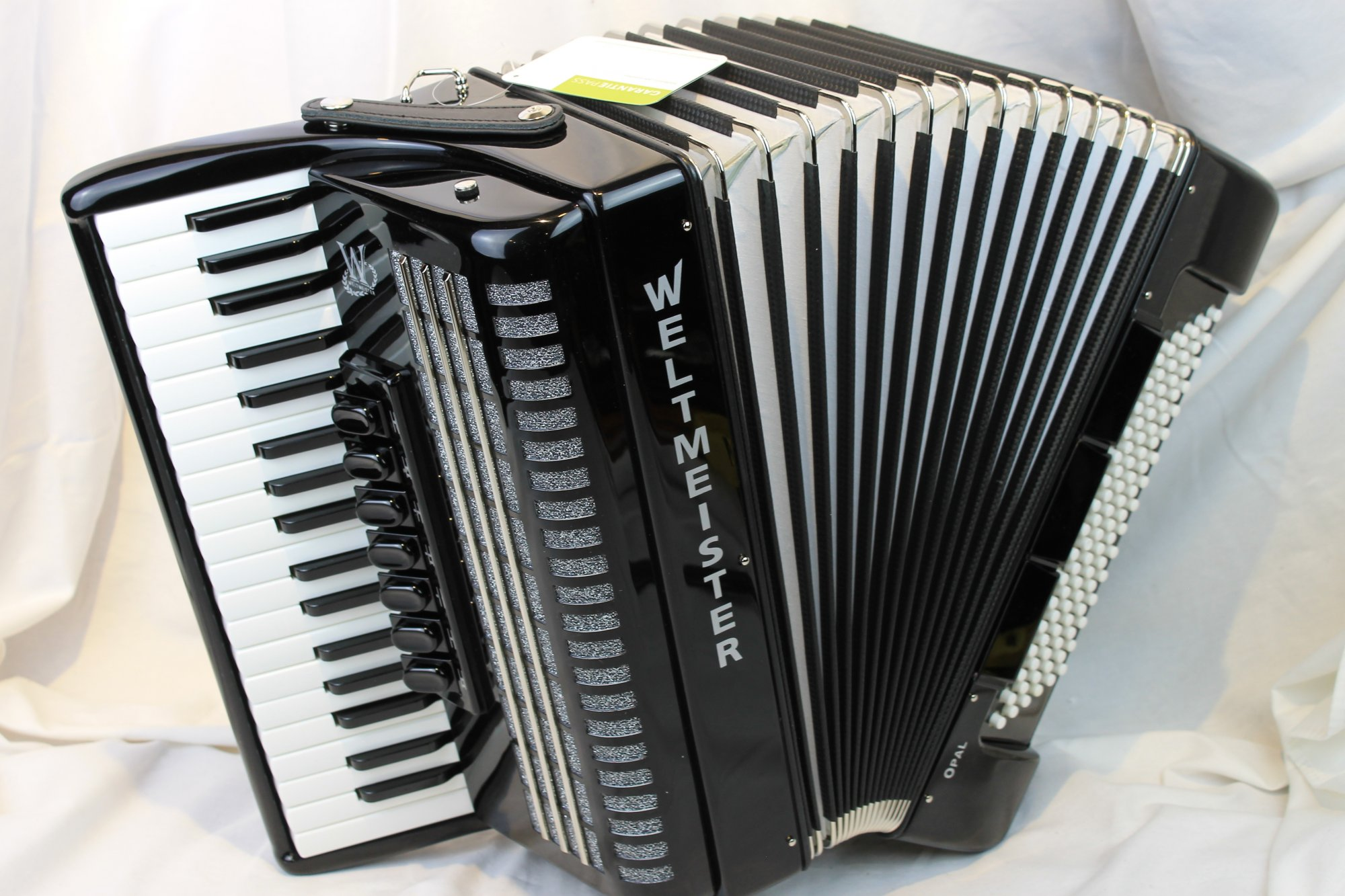 NEW Black Weltmeister Opal Piano Accordion LMM 37 96