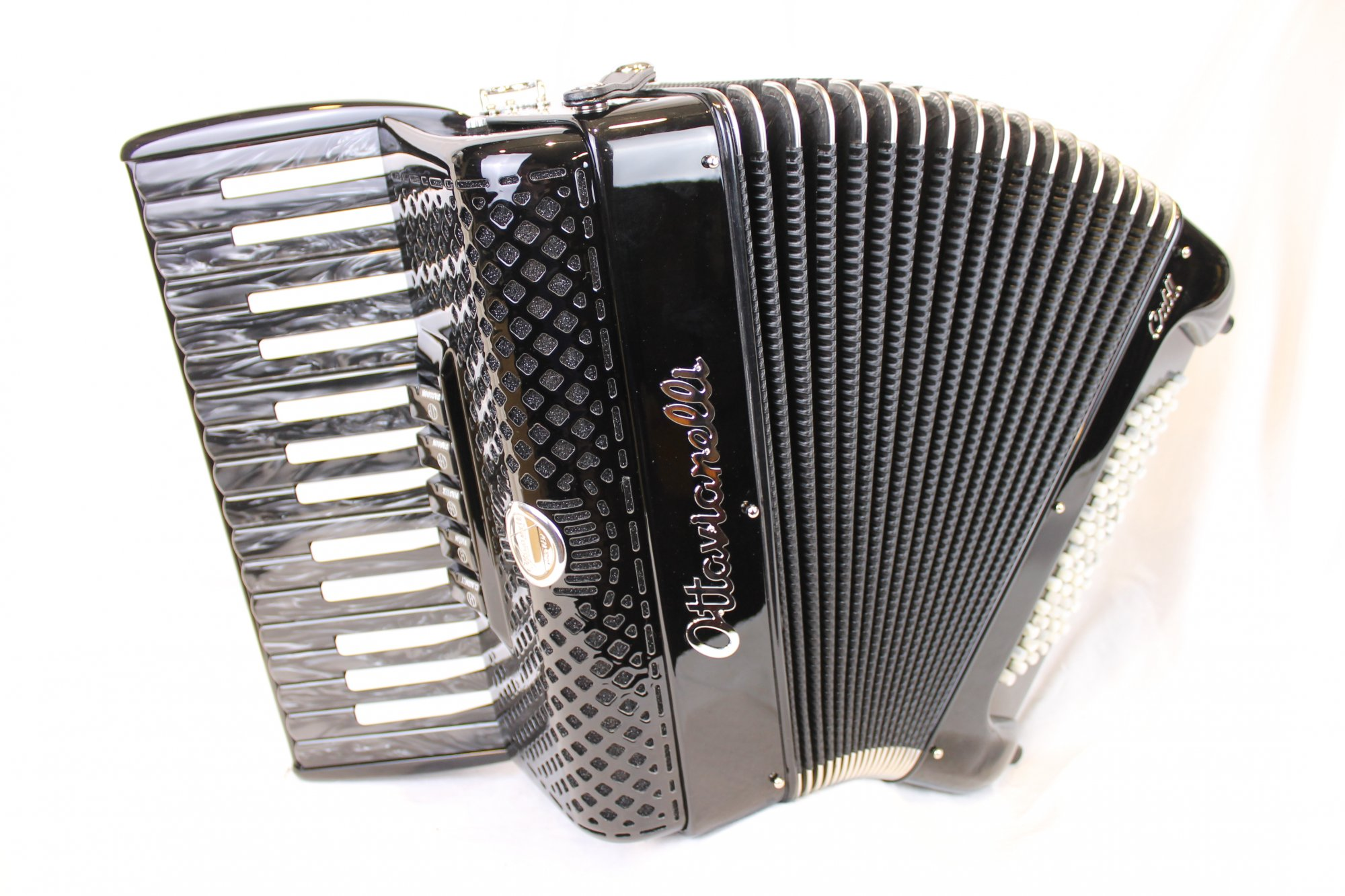 NEW Black Inverted Ottavianelli Cub II Piano Accordion LMM 30 72