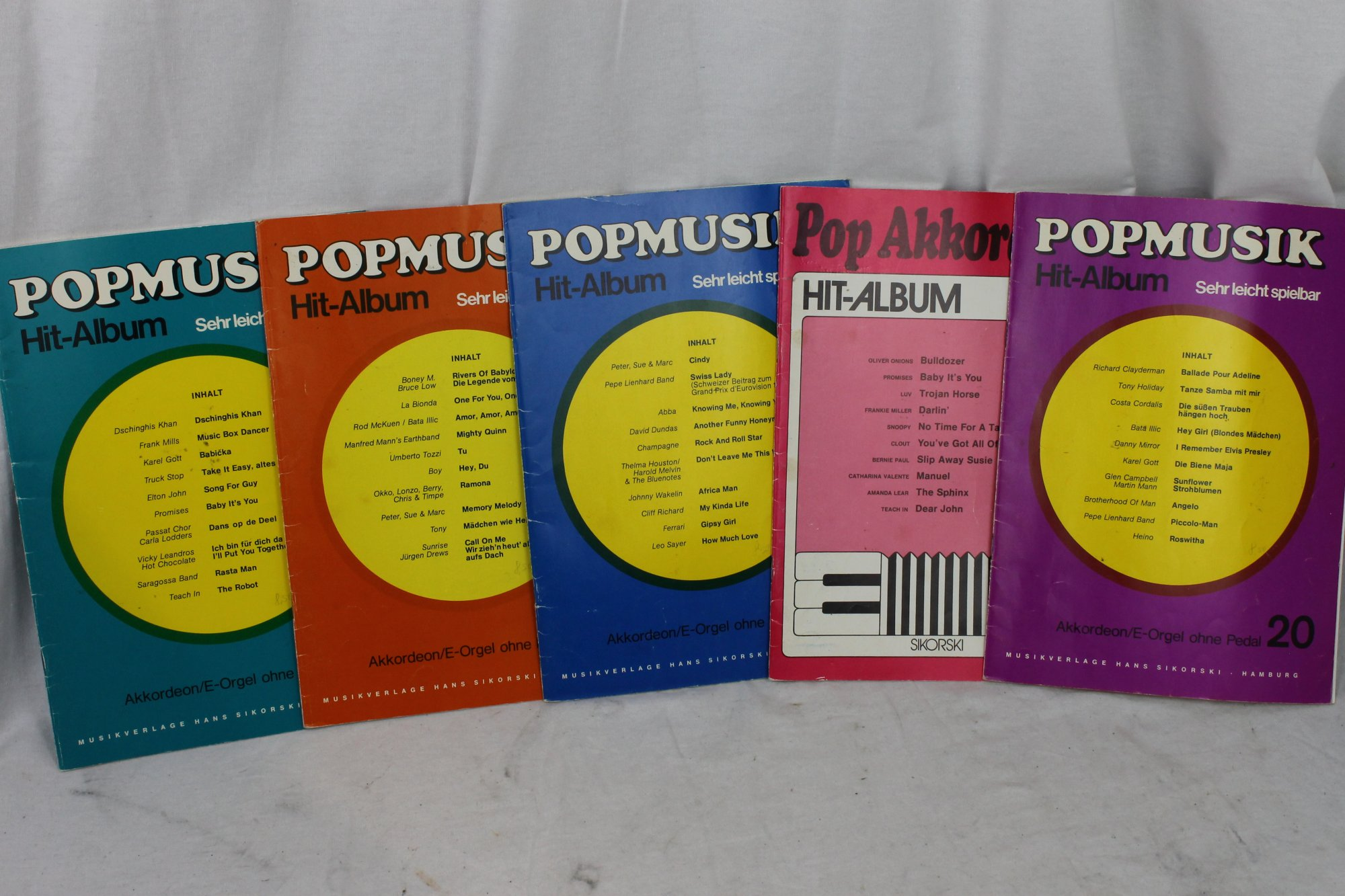 Lot of Used Accordion / Organ Books - German and International Popular Music