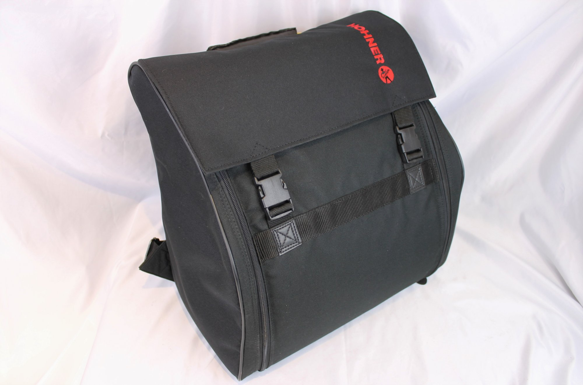 NEW Black Hohner Rockbag Soft Case for Accordion 14 x 7 x 14 Fits 12, 24, 32, 48 Bass Accordions