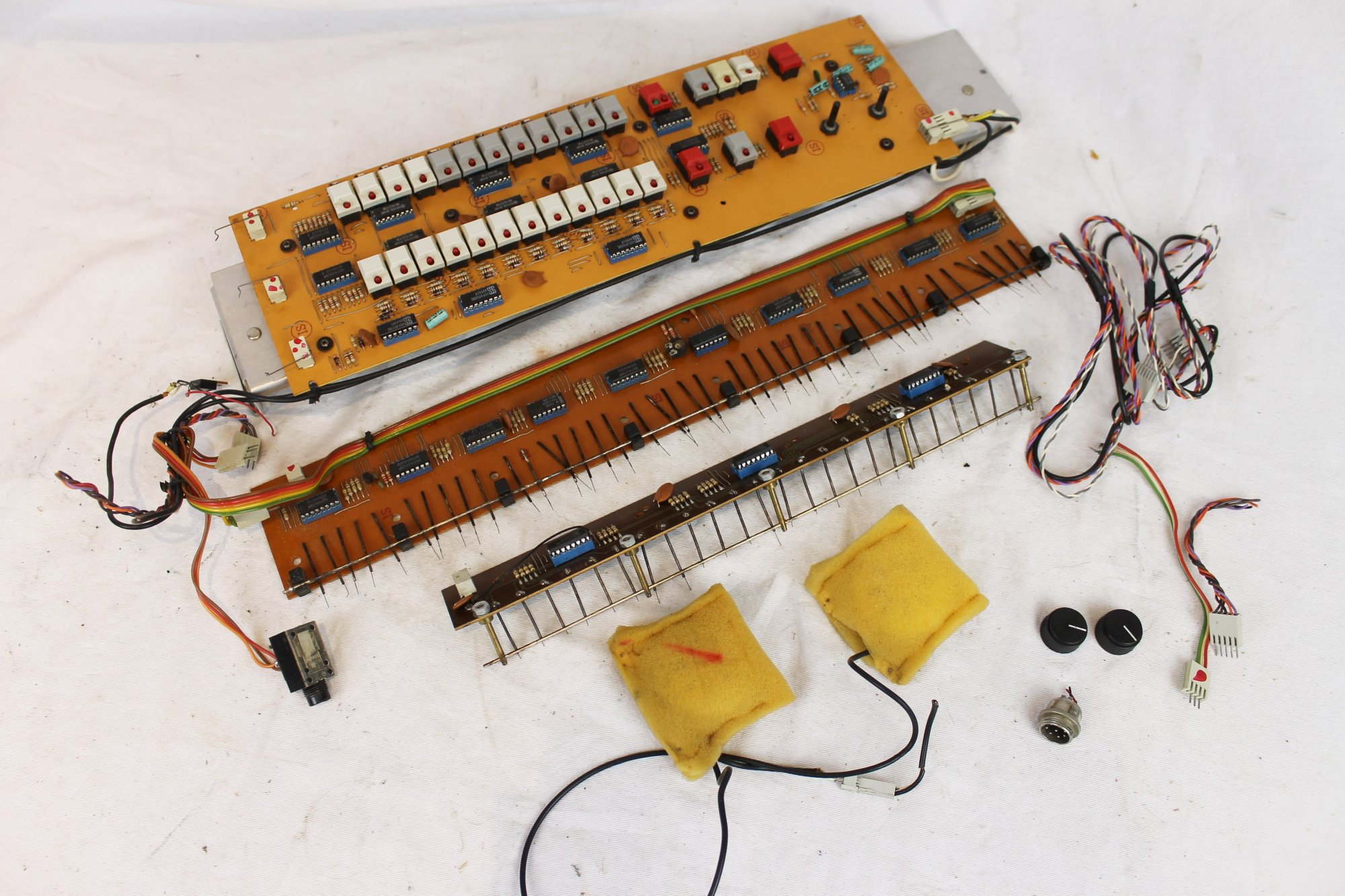 Solton Accordion Parts - Electronic Components and Dynamic Microphones