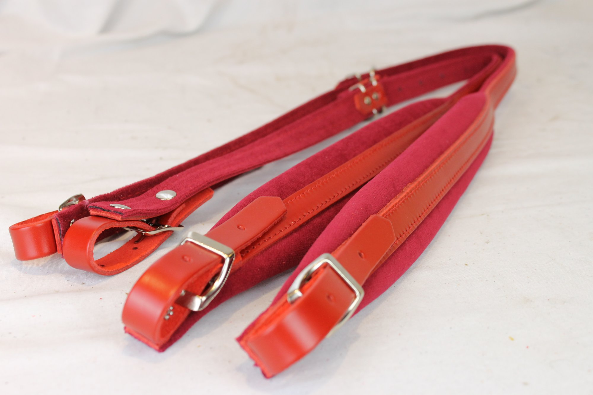 New Red Leather Velour Fuselli Accordion Shoulder Straps Width (4.5cm / 1.8in) Length (91~111cm / 35.8~43.7in)