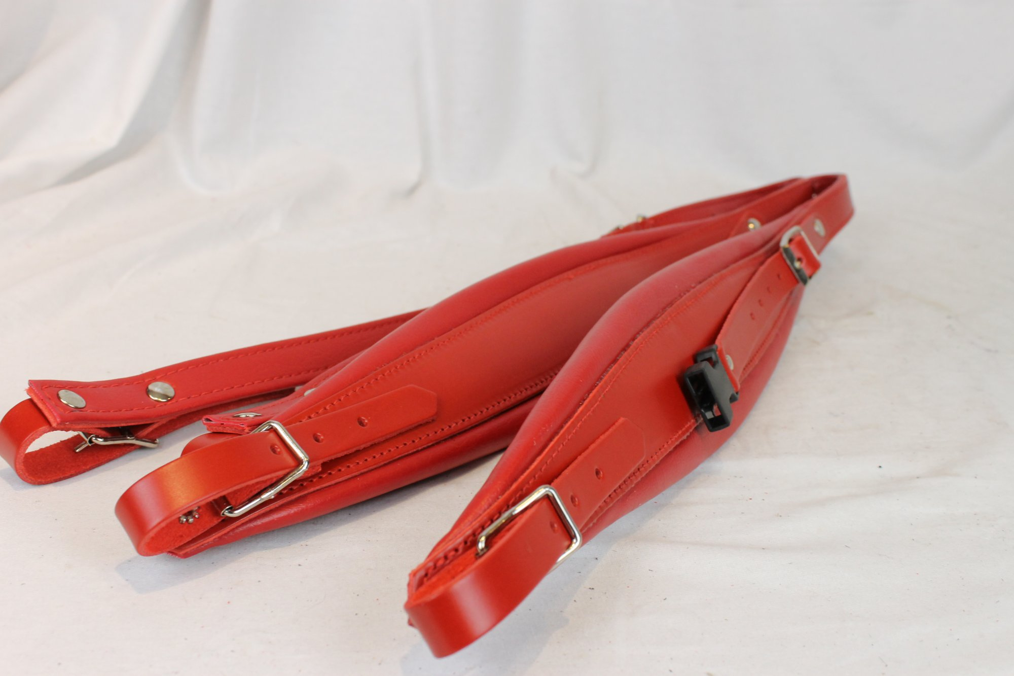New Red Leather Fuselli Accordion Shoulder Straps With Back Straps Width (9cm / 3.5in) Length (105~123cm / 41.3~48.4in)