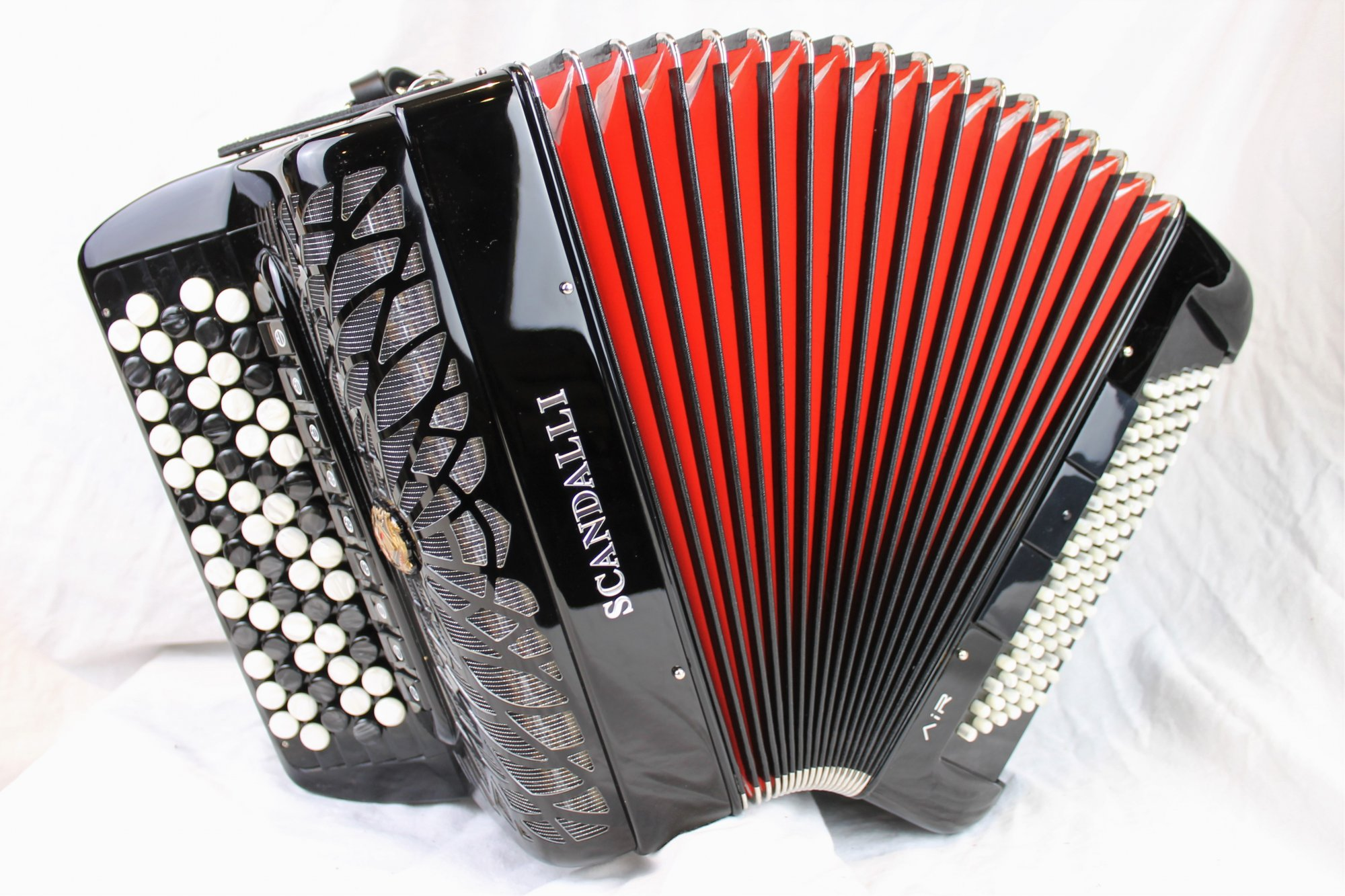 NEW Black Scandalli Air Junior Chromatic Button Accordion B LMMH 67 96