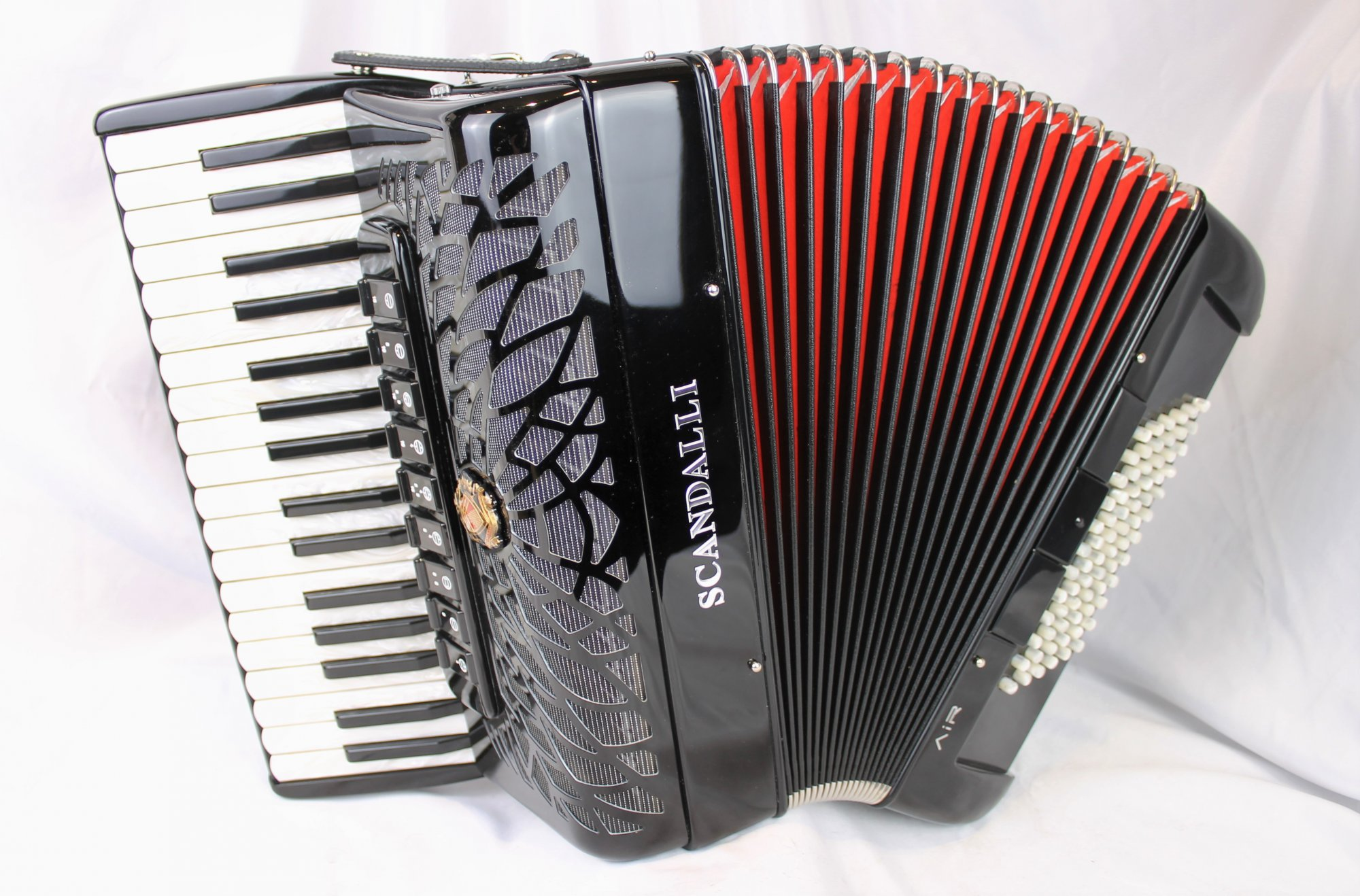 NEW Black Scandalli Air Junior Piano Accordion LMMH 34 72