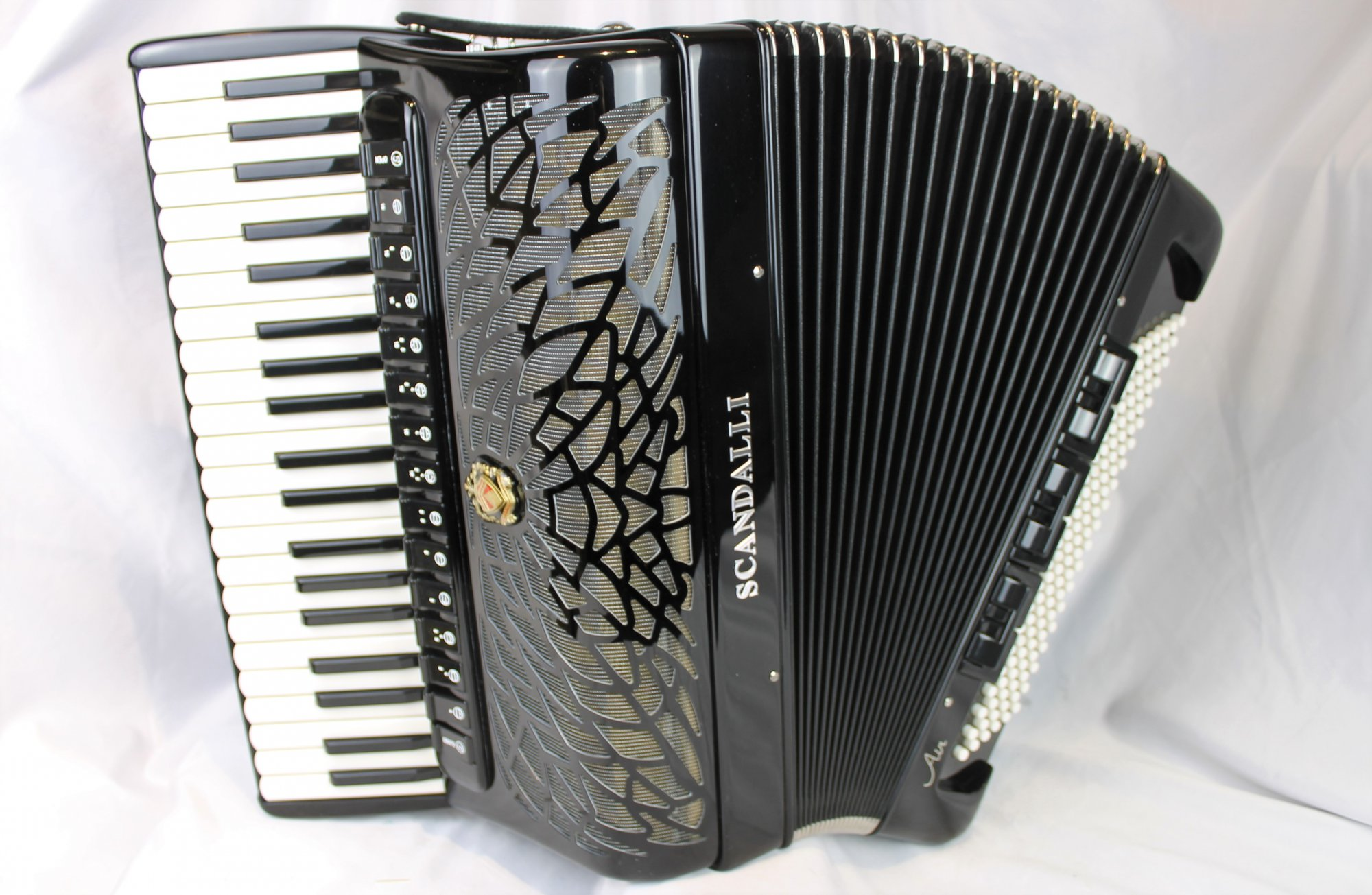 NEW Black Scandalli Air V Piano Accordion LMMMH 41 120