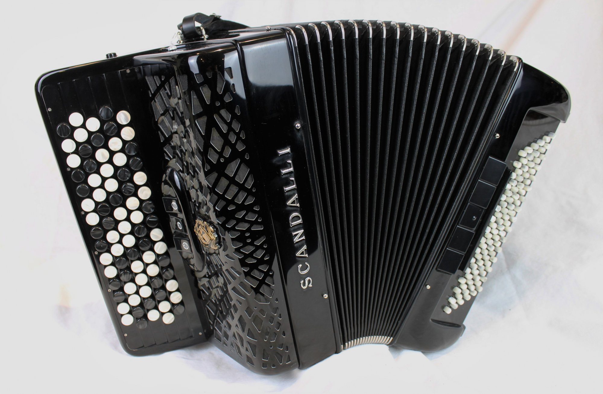 NEW Black Scandalli Conservatorio 242 Chromatic Button Accordion LM 77 96
