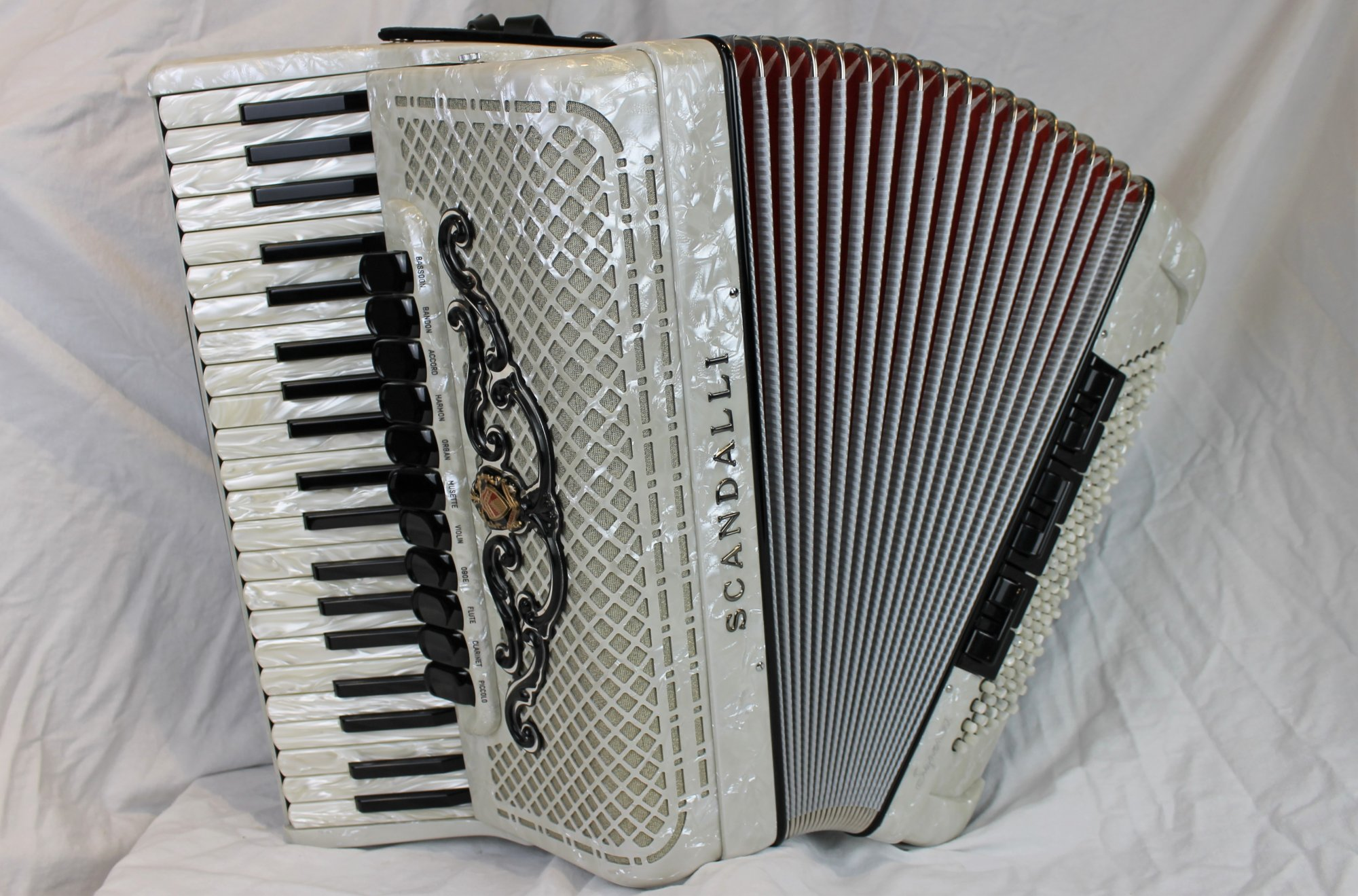 NEW White Scandalli Super VI Piano Accordion LMMH 41 120