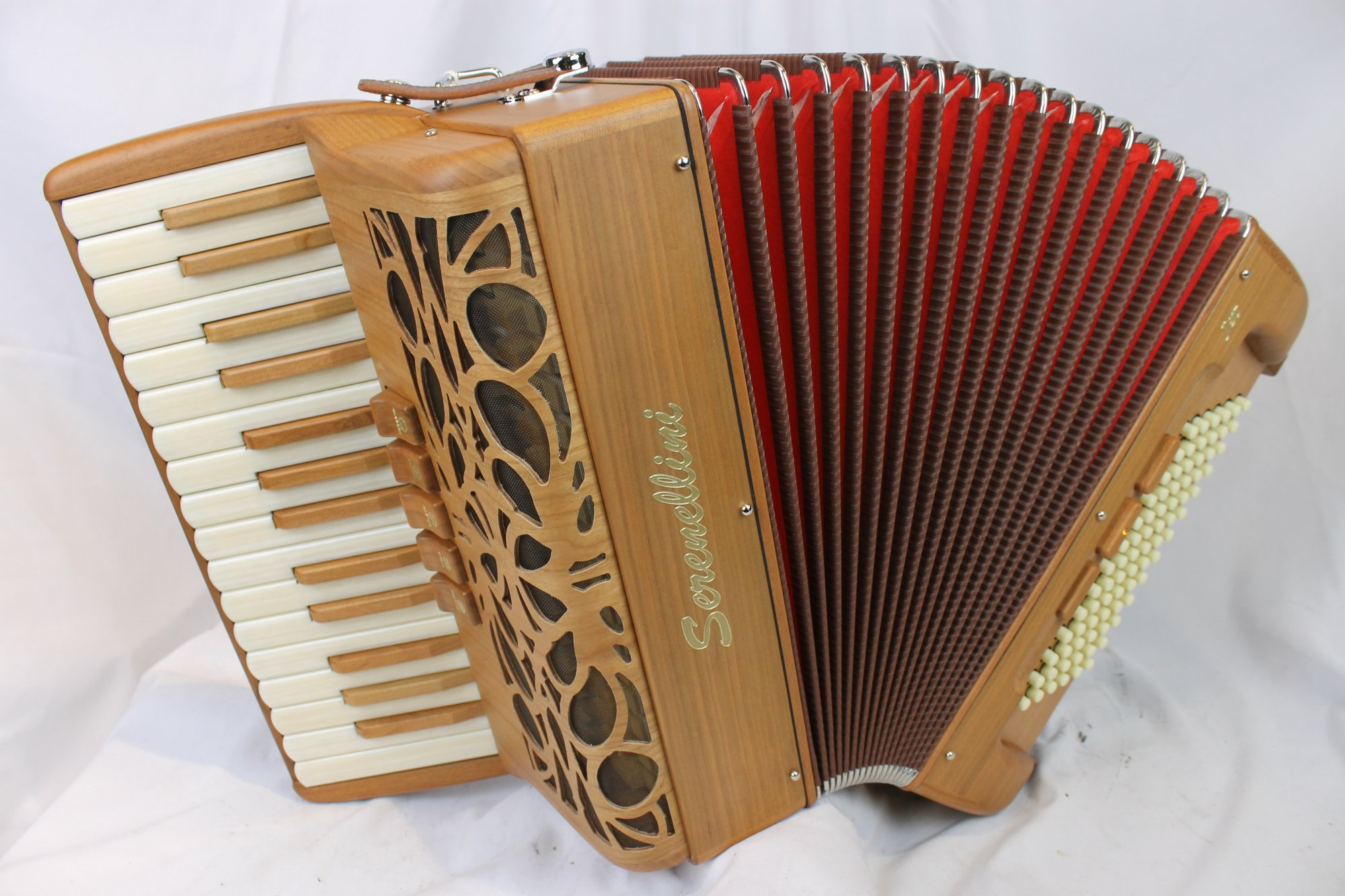 NEW Cherry Serenellini Jet Piano Accordion LMM 30 78