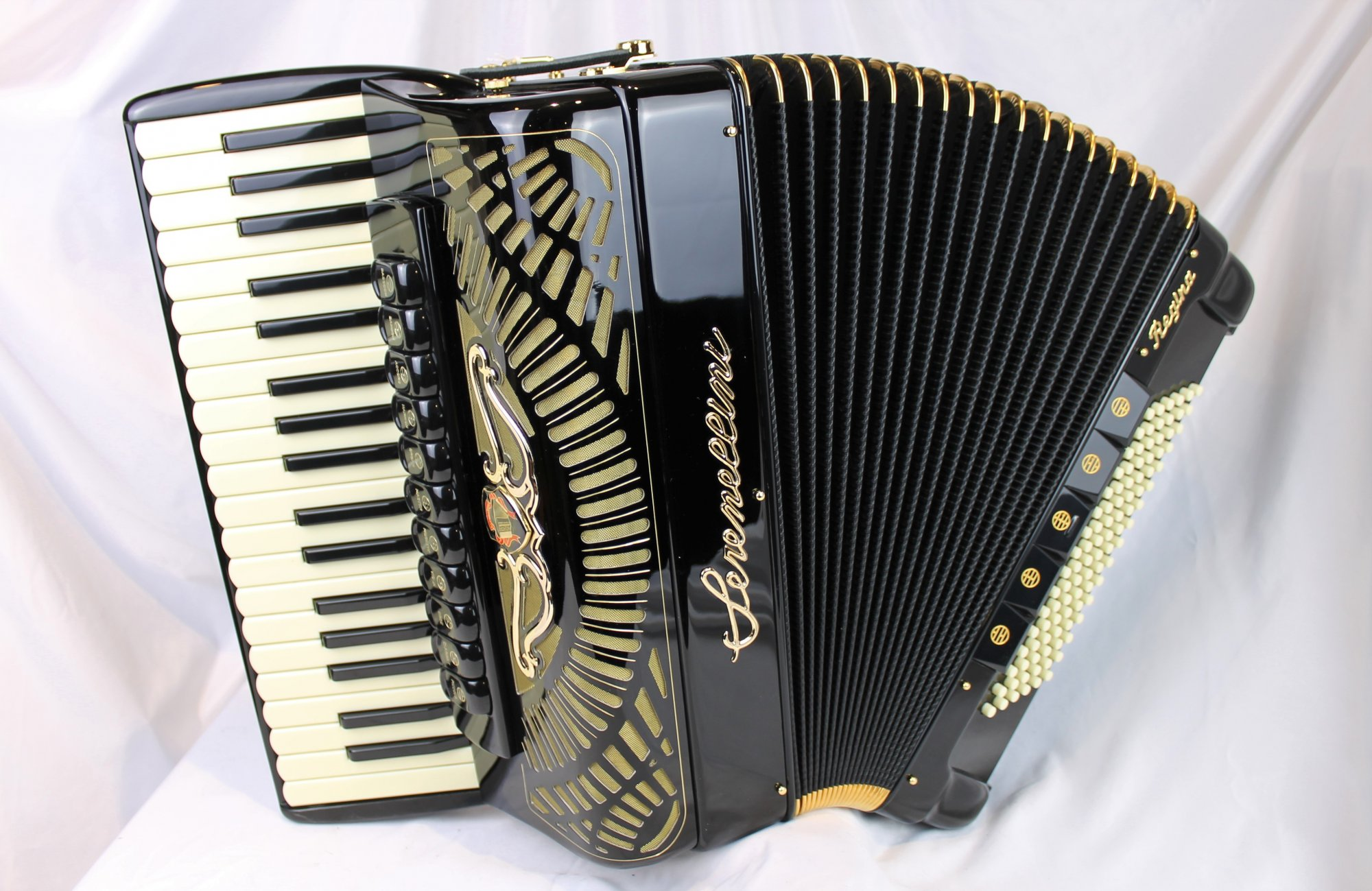 NEW Black Serenellini Regina Gold Piano Accordion Binci LMMH 37 96