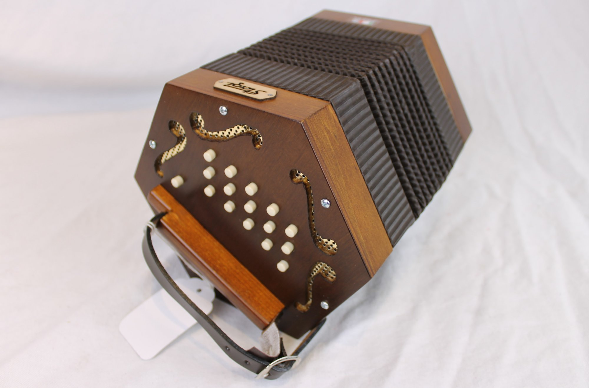 NEW Walnut Stagi M-5 Anglo Concertina CG M 30
