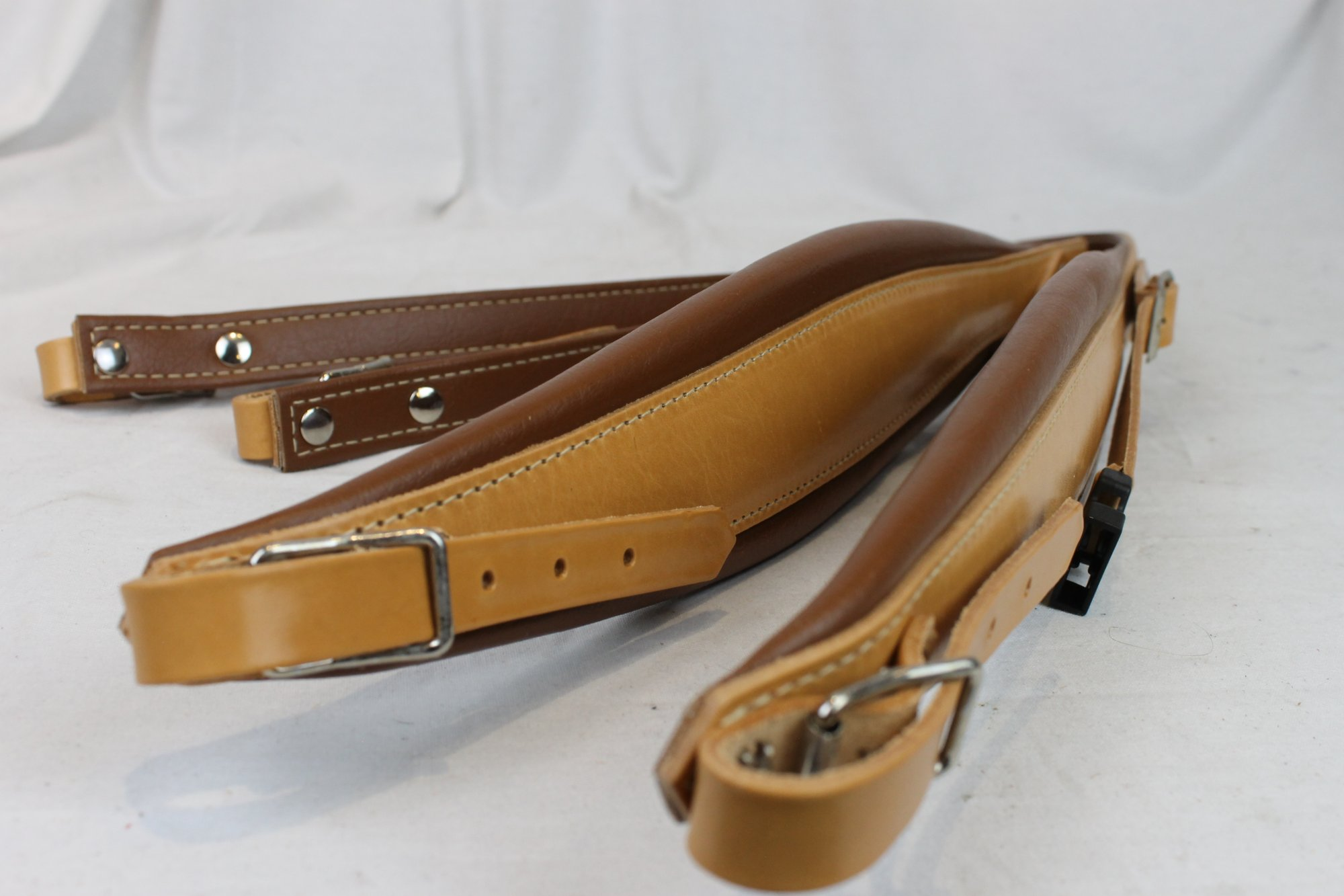 NEW Tan Leather Fuselli Accordion Shoulder Straps With Back Straps Width (9cm / 3.5 inch) Length (95cm-115cm / 37.4-45.3 inch)