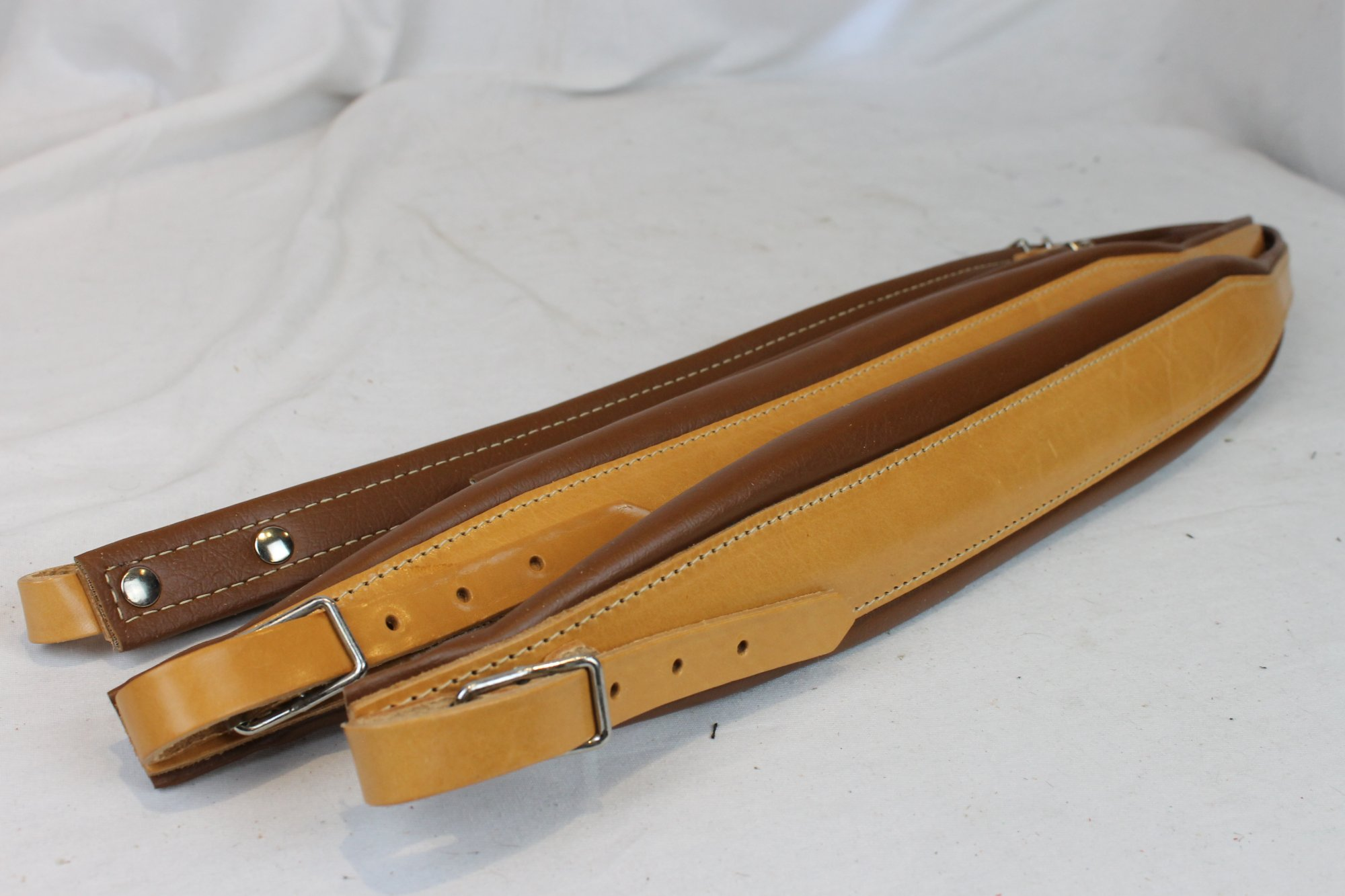 New Tan Leather Fuselli Accordion Shoulder Straps Width (7 cm / 2.8 inch) Length (91cm-111cm / 35.8-43.7 inch)