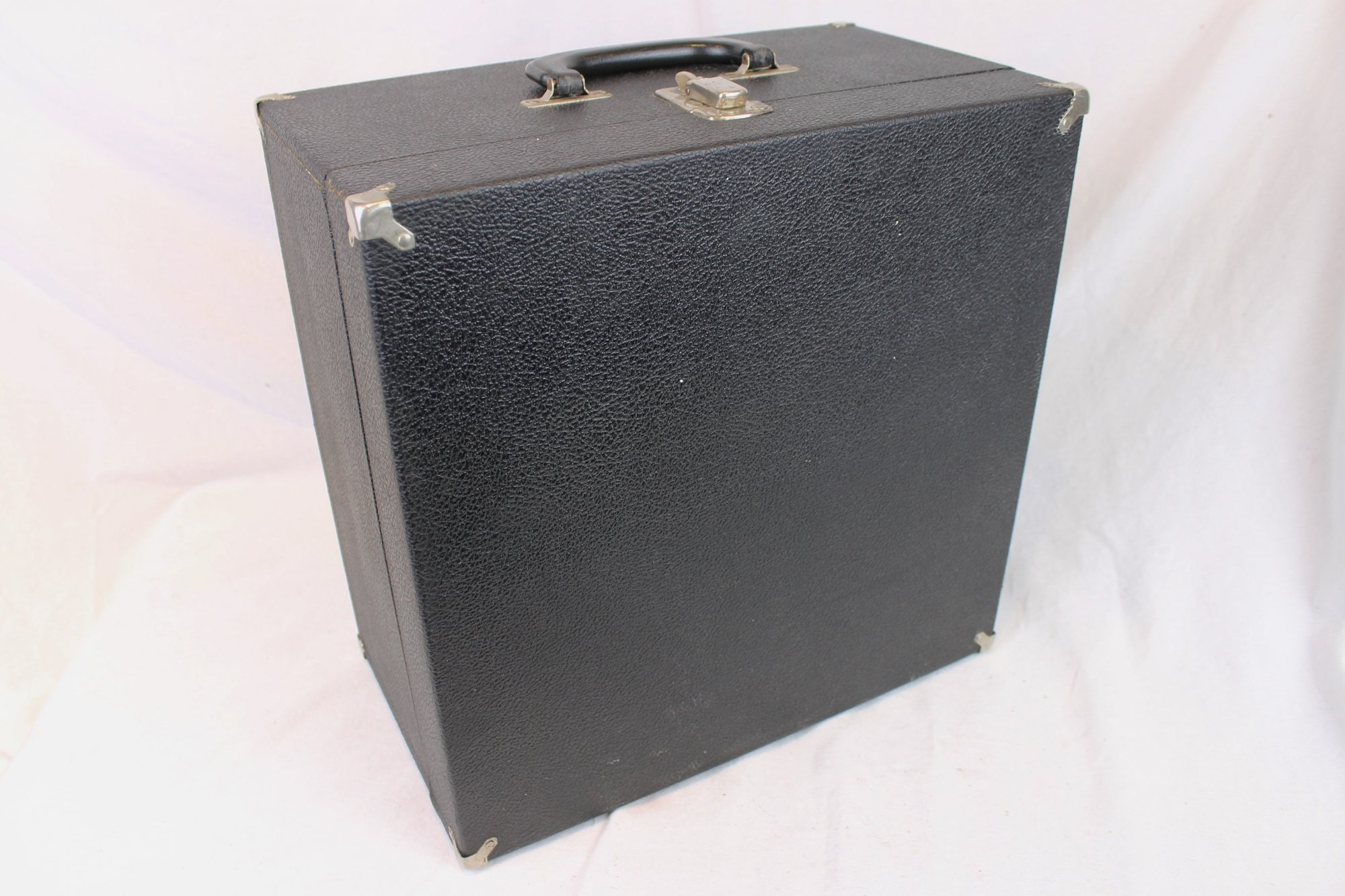 Black Accordion Hard Case 14.25 x 14.25 x 8 (36 cm x 36cm x 20cm)