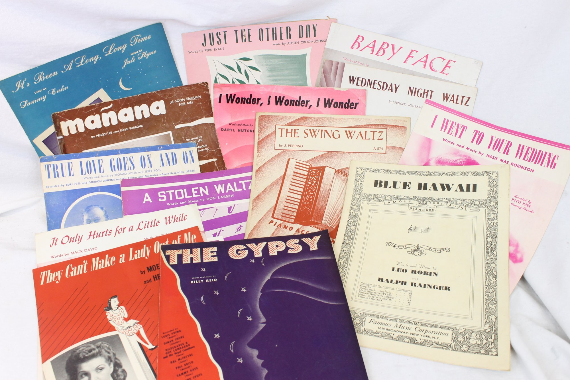 Lot of 26 Used Piano Music Books and Sheets - Classic Pop Tunes