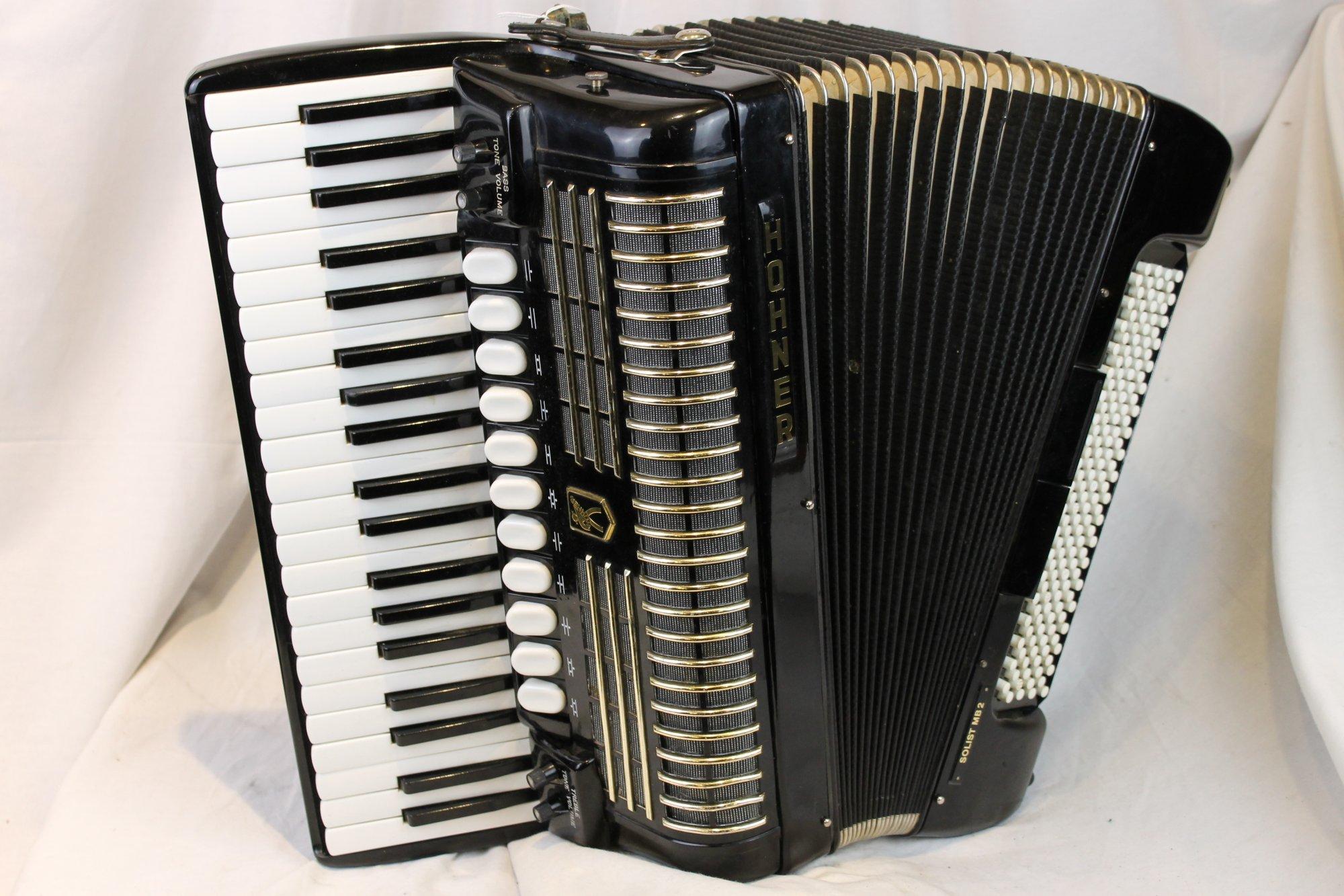 2891 - Black Hohner Solist Free Bass Piano Accordion LMMH