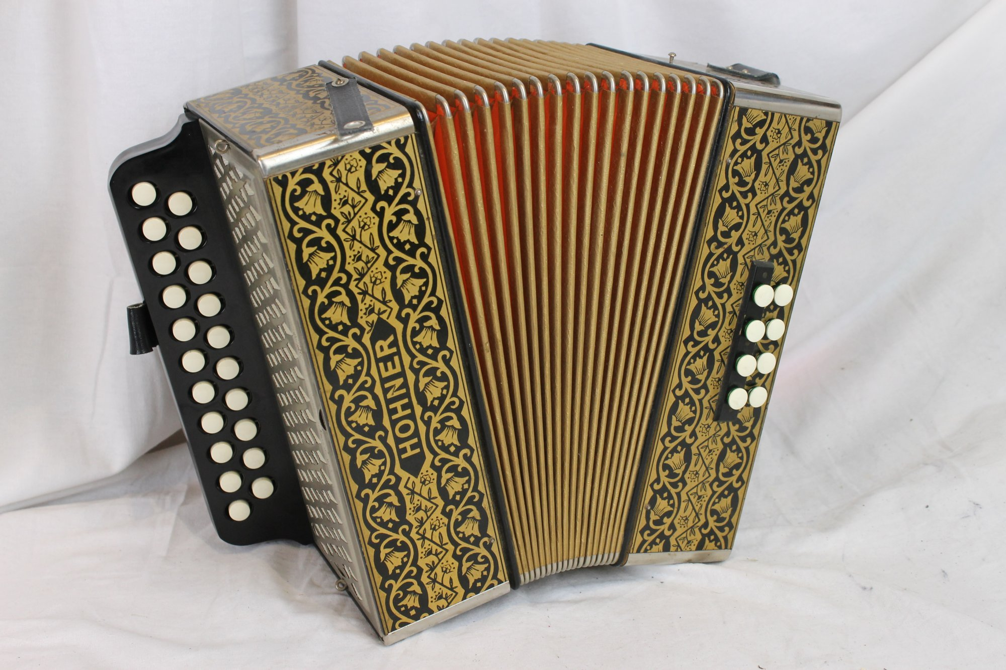 3072 - Hohner Pokerwork HA-2815 Diatonic Button Accordion CF 21 8
