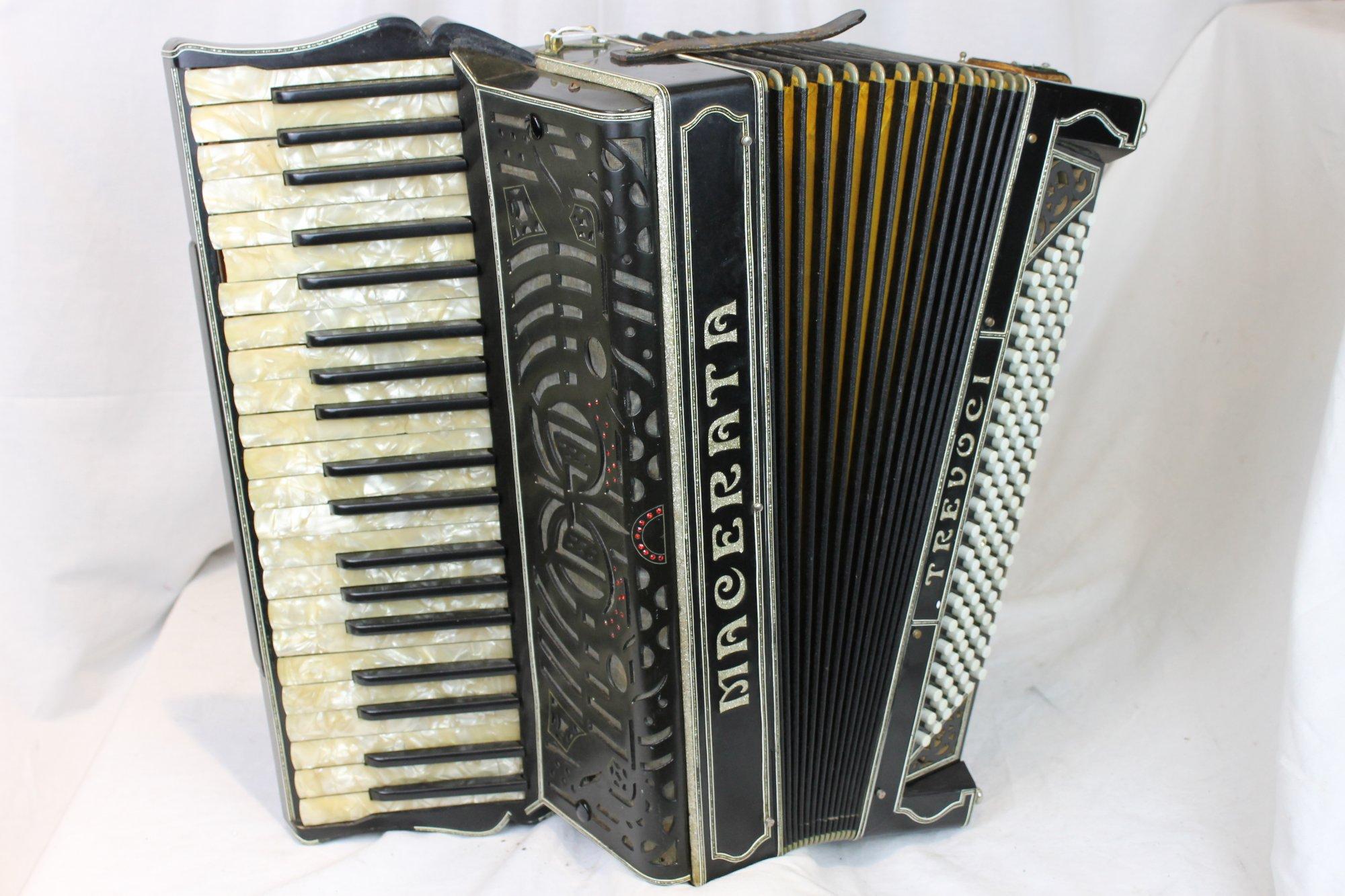 3238 - Black Macerata Piano Accordion LMM 41 120 - For Parts or Repair