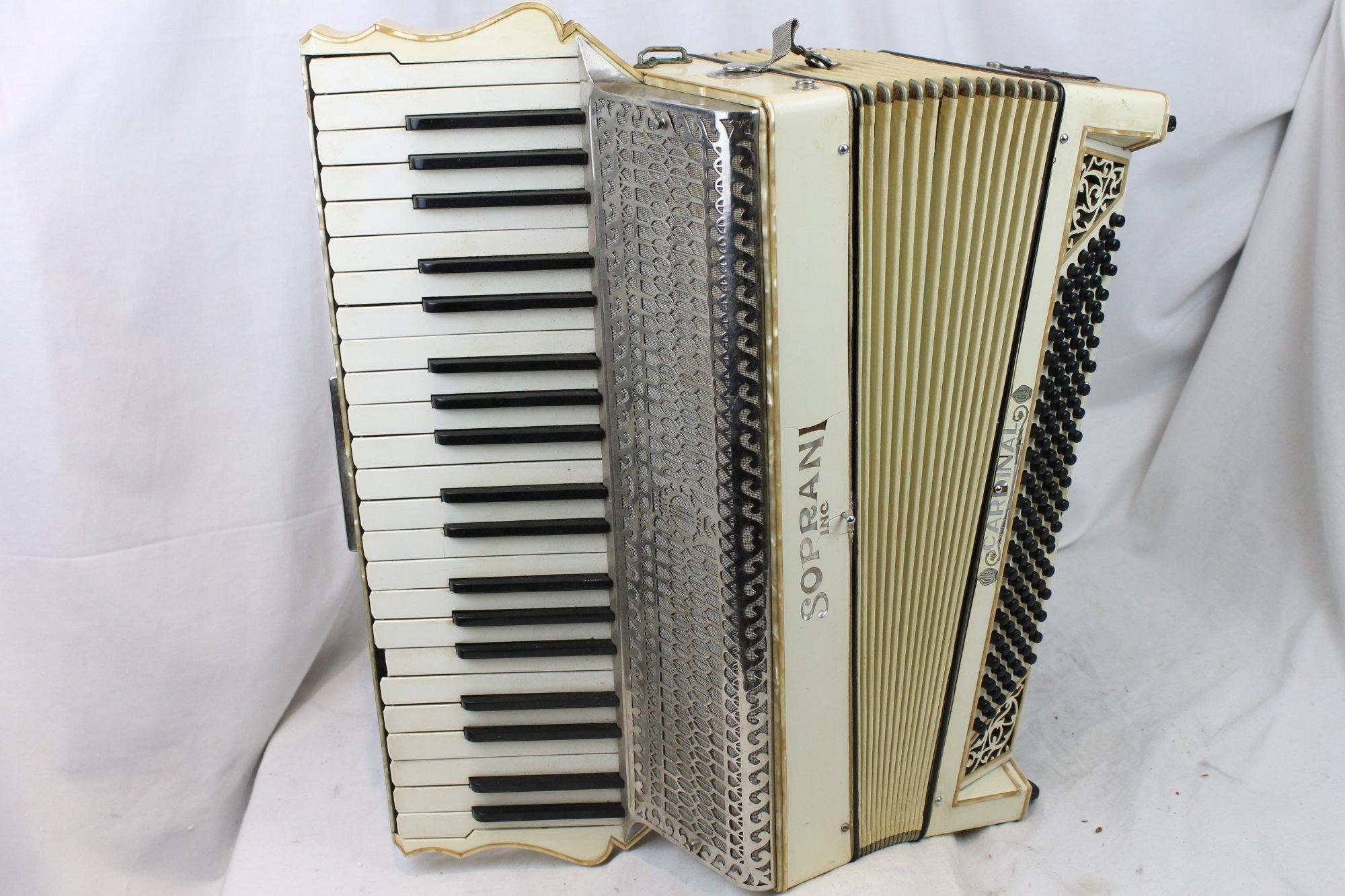 3286 - Cream Soprani Cardinal Piano Accordion LMM 42 120 - For Parts or Repair