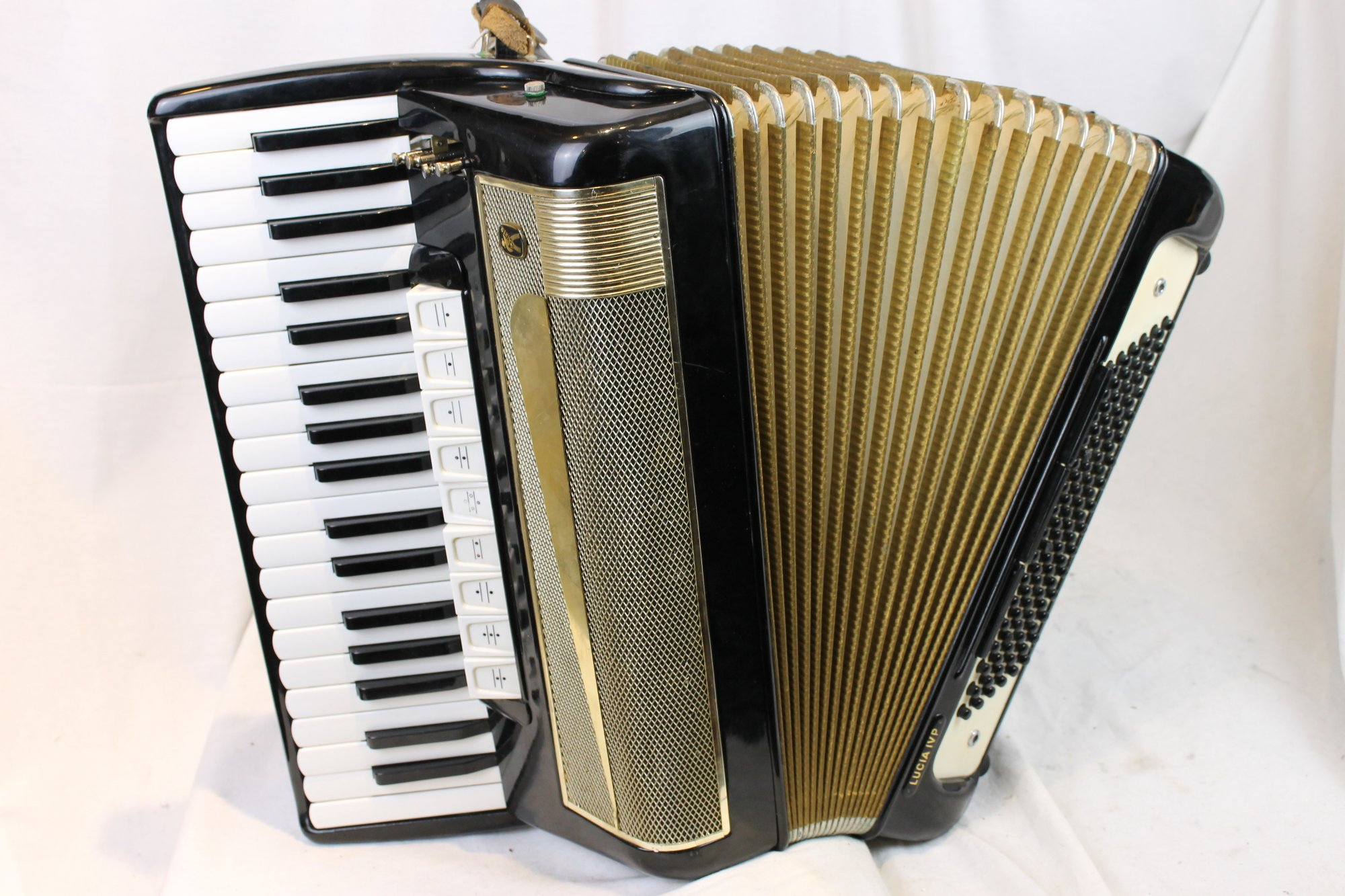3312 - Black Hohner Lucia IVP Piano Accordion LMMH 37 96