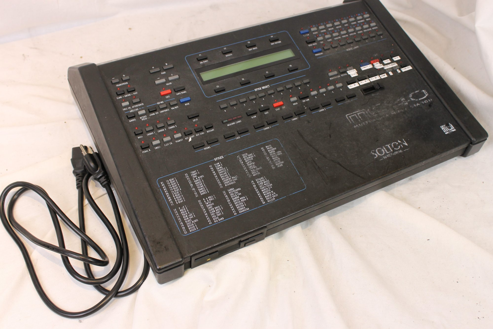 3374 - Ketron Solton MS40 Multimedia Music Station Midi Module