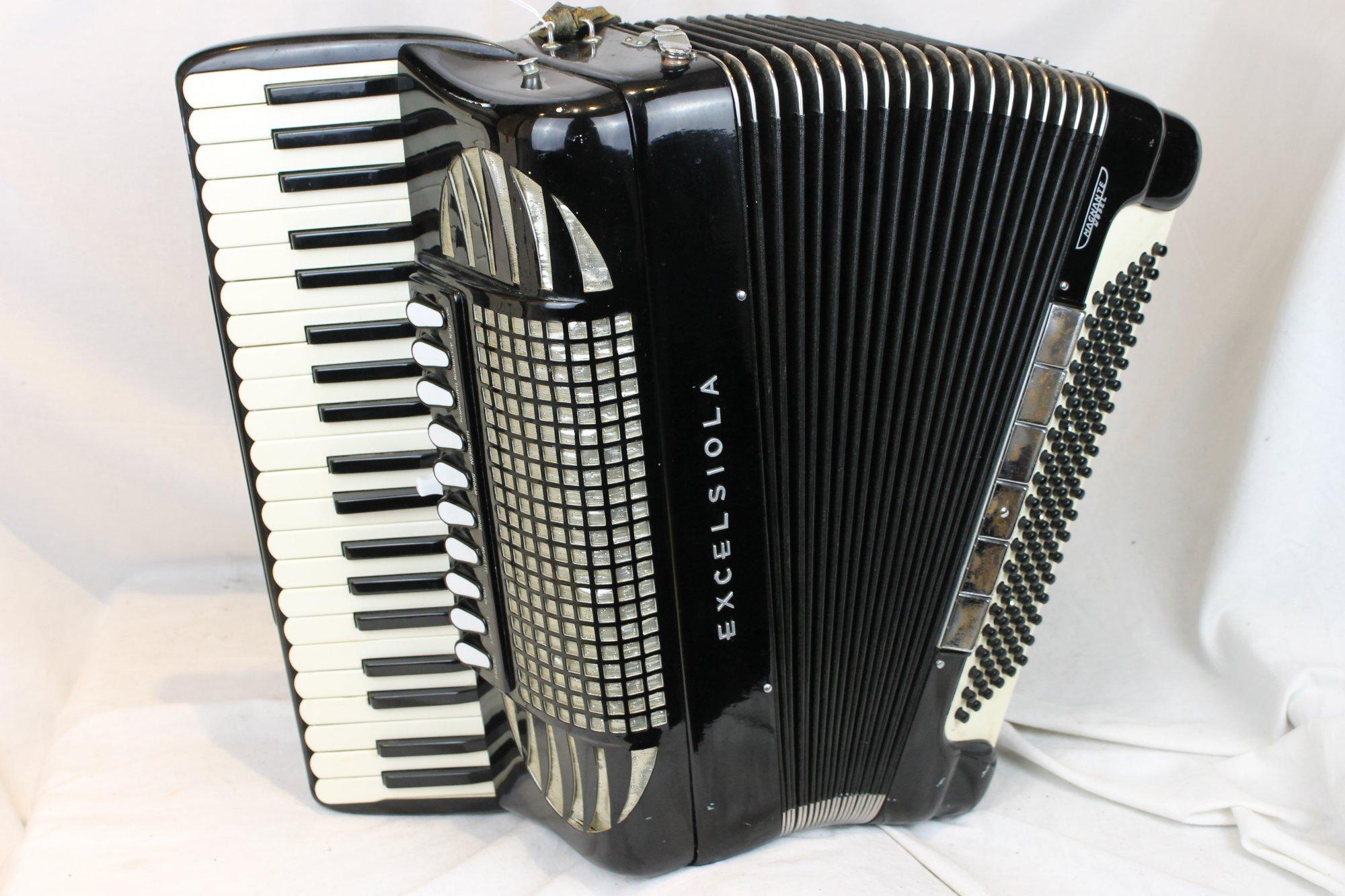 3479 - Black Excelsior Excelsiola 740 Magnante Piano Accordion LMMM 41 120