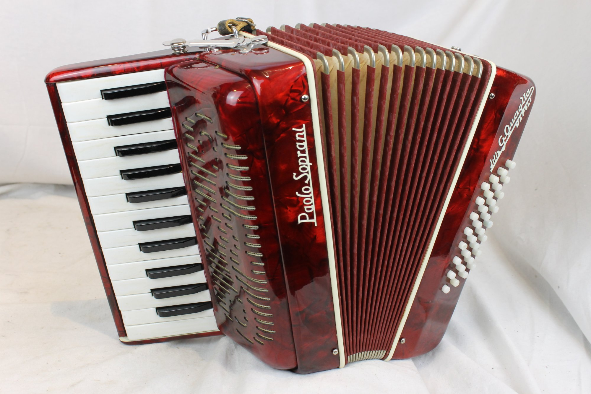 3539 - Red Paolo Soprani Napoli Piano Accordion MM 25 32