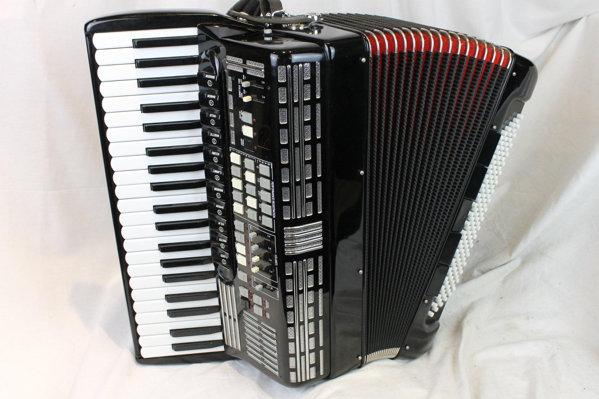 3712 - Black Sem Mod. 500 Piano Accordion 41 120