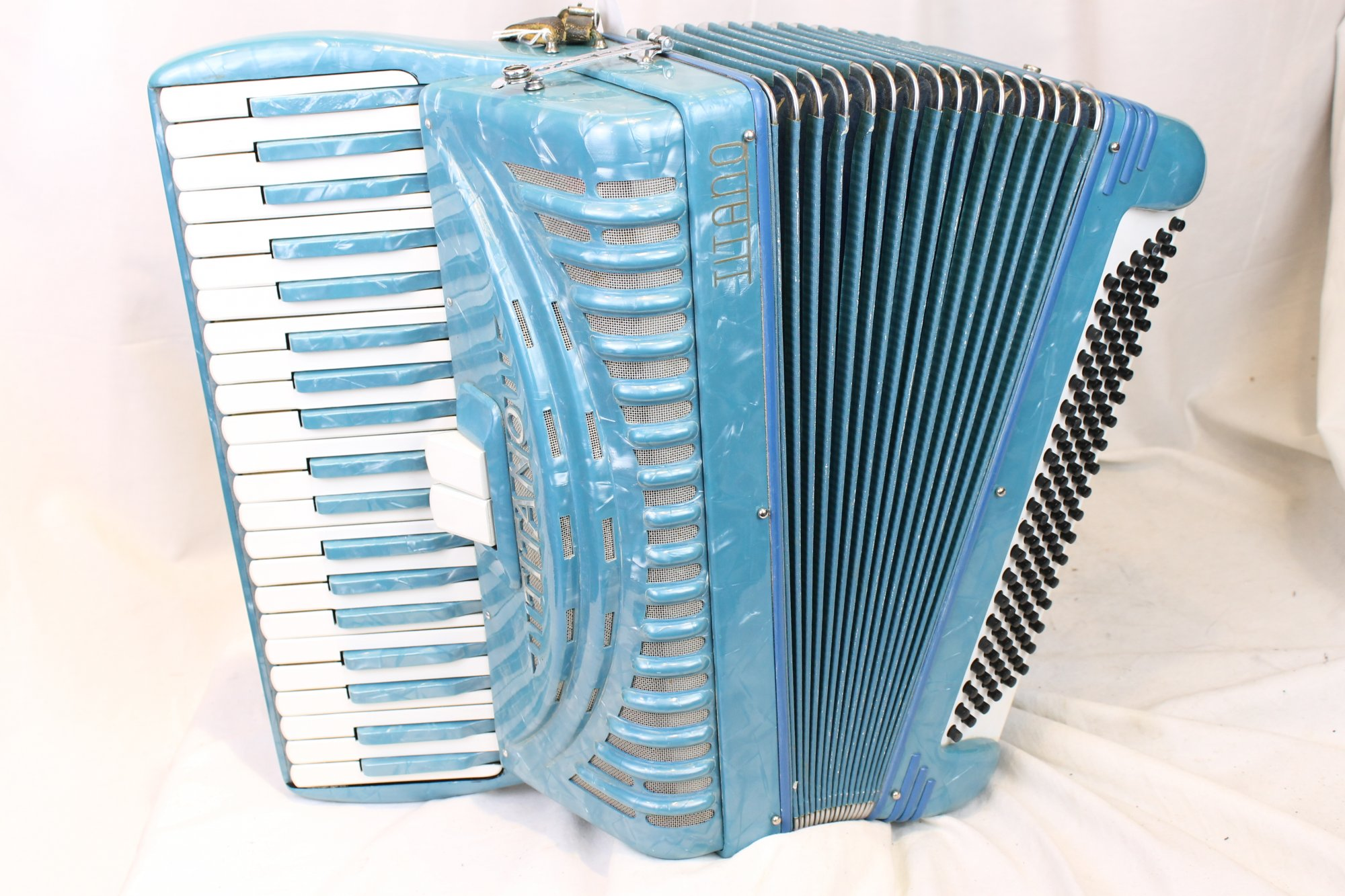 3713 - Sky Blue Titano Piano Accordion LM 41 120