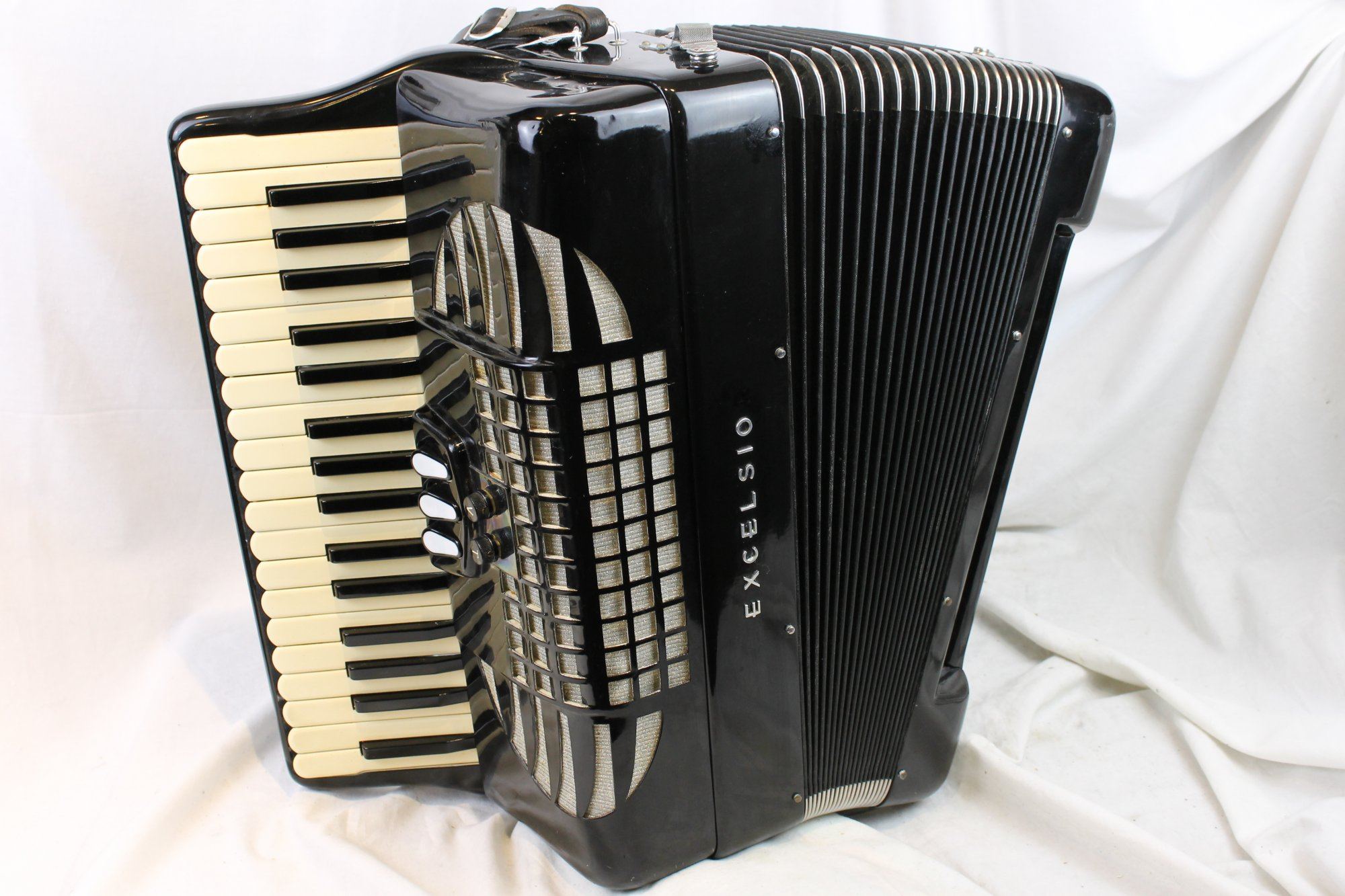 3714 - Black Excelsior Bass Piano Accordion 35