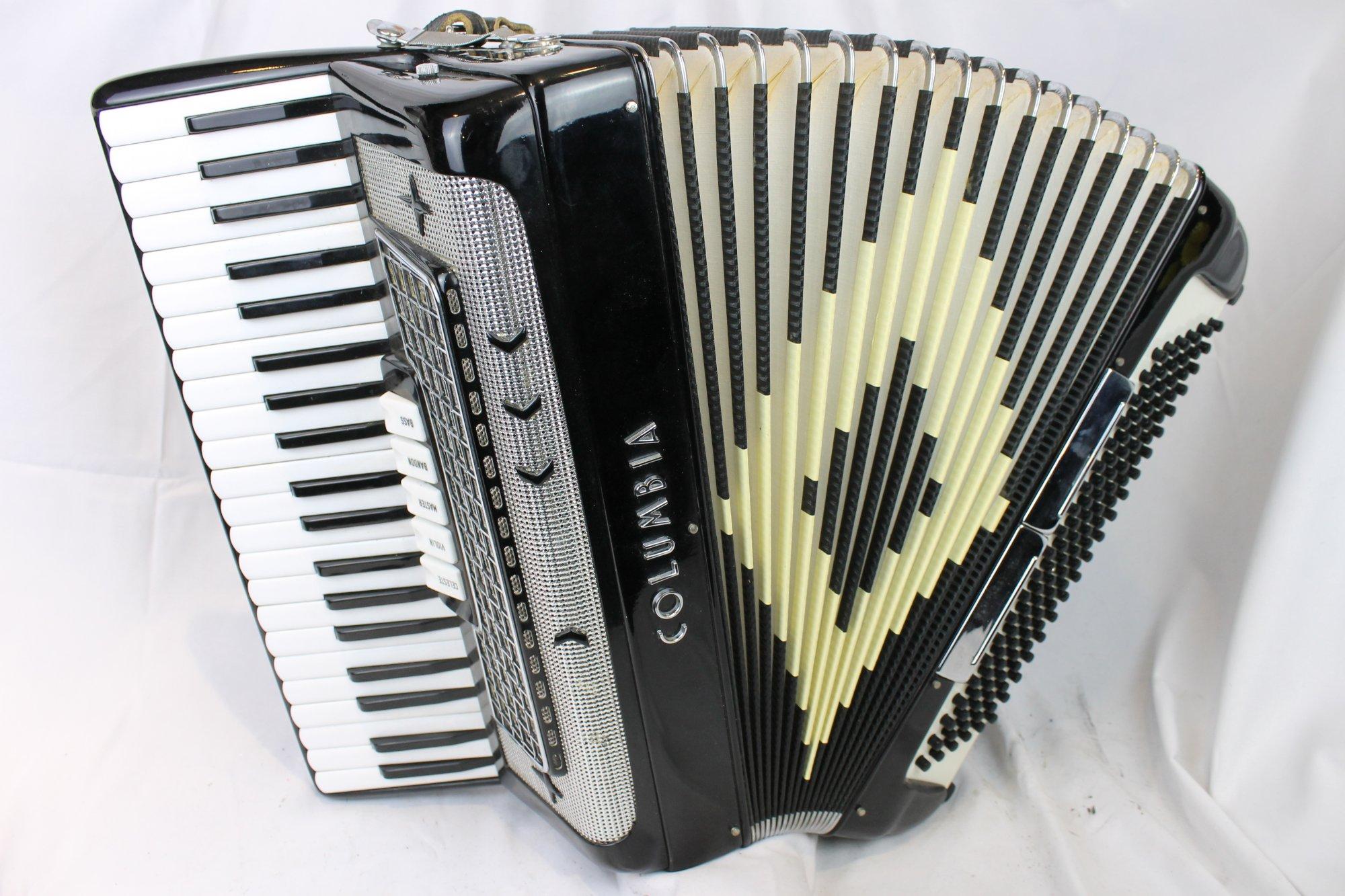 3772 - Black Columbia Piano Accordion LMM 41 120