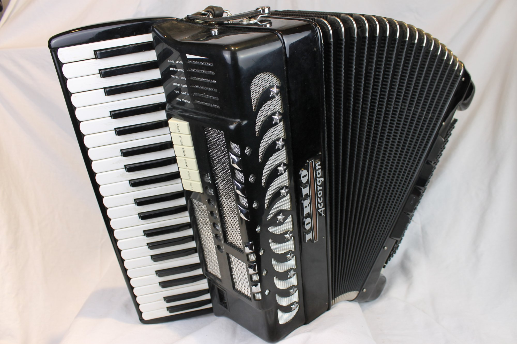 3806 - Black Iorio Accorgan Piano Accordion LMM 41 120
