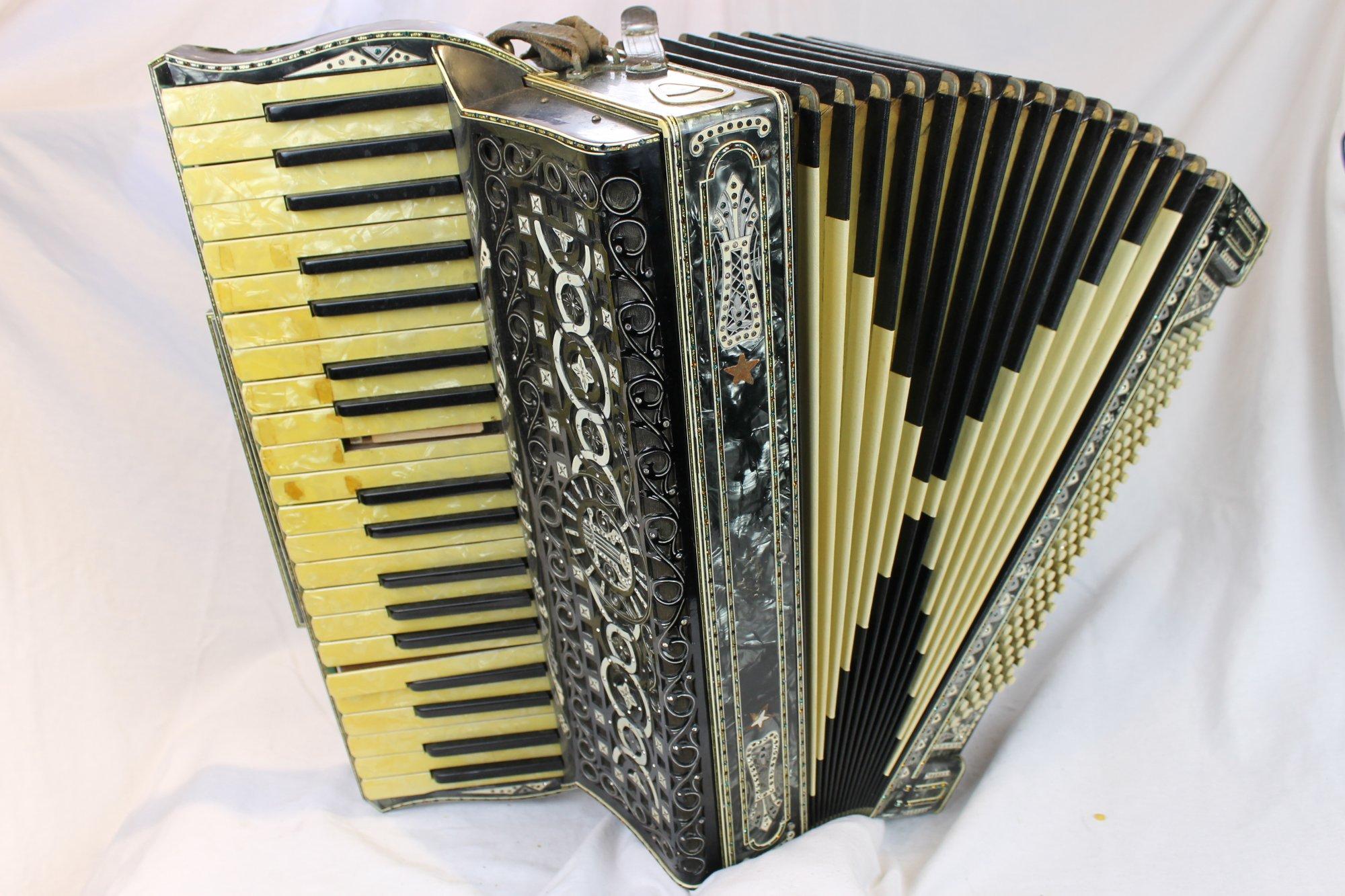 3828 - Black Sitek Piano Accordion LMM 41 120 - For Parts or Repair