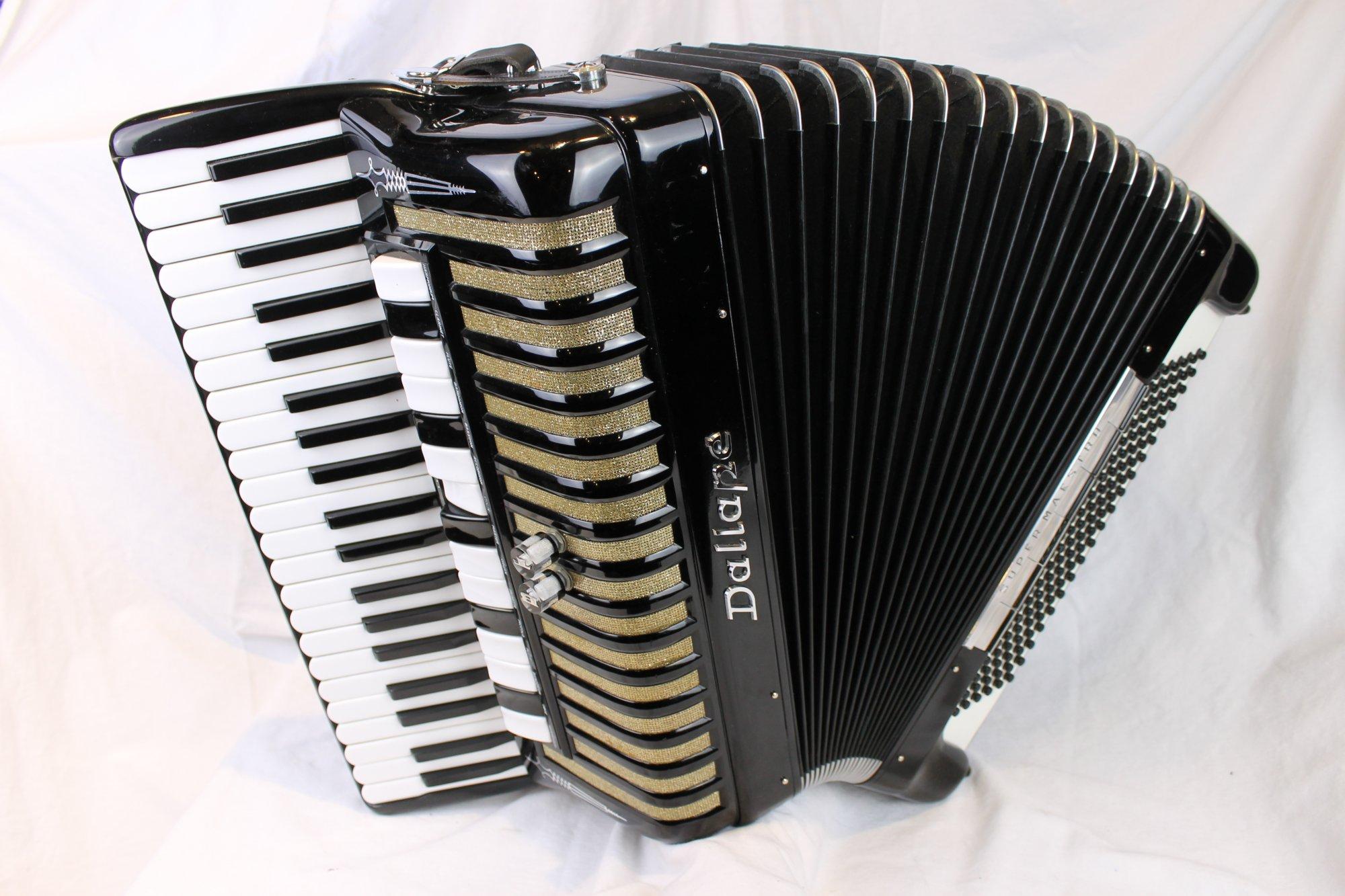 3836 - Black Dallape Super Maestro Piano Accordion LMMH 41 120