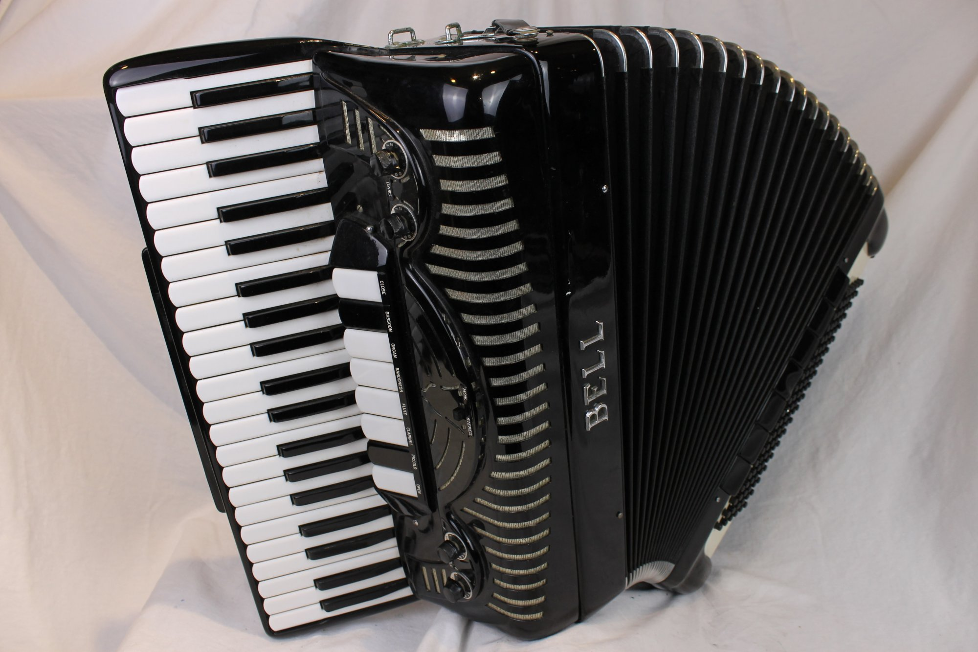 3844 - Black Bell Starlet Piano Accordion LMH 41 120