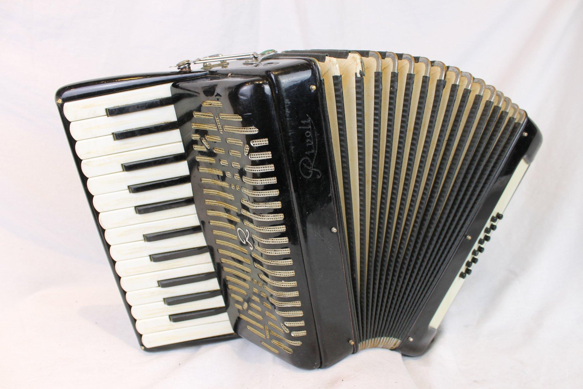 3859 - Black Rivoli Piano Accordion LM 25 12