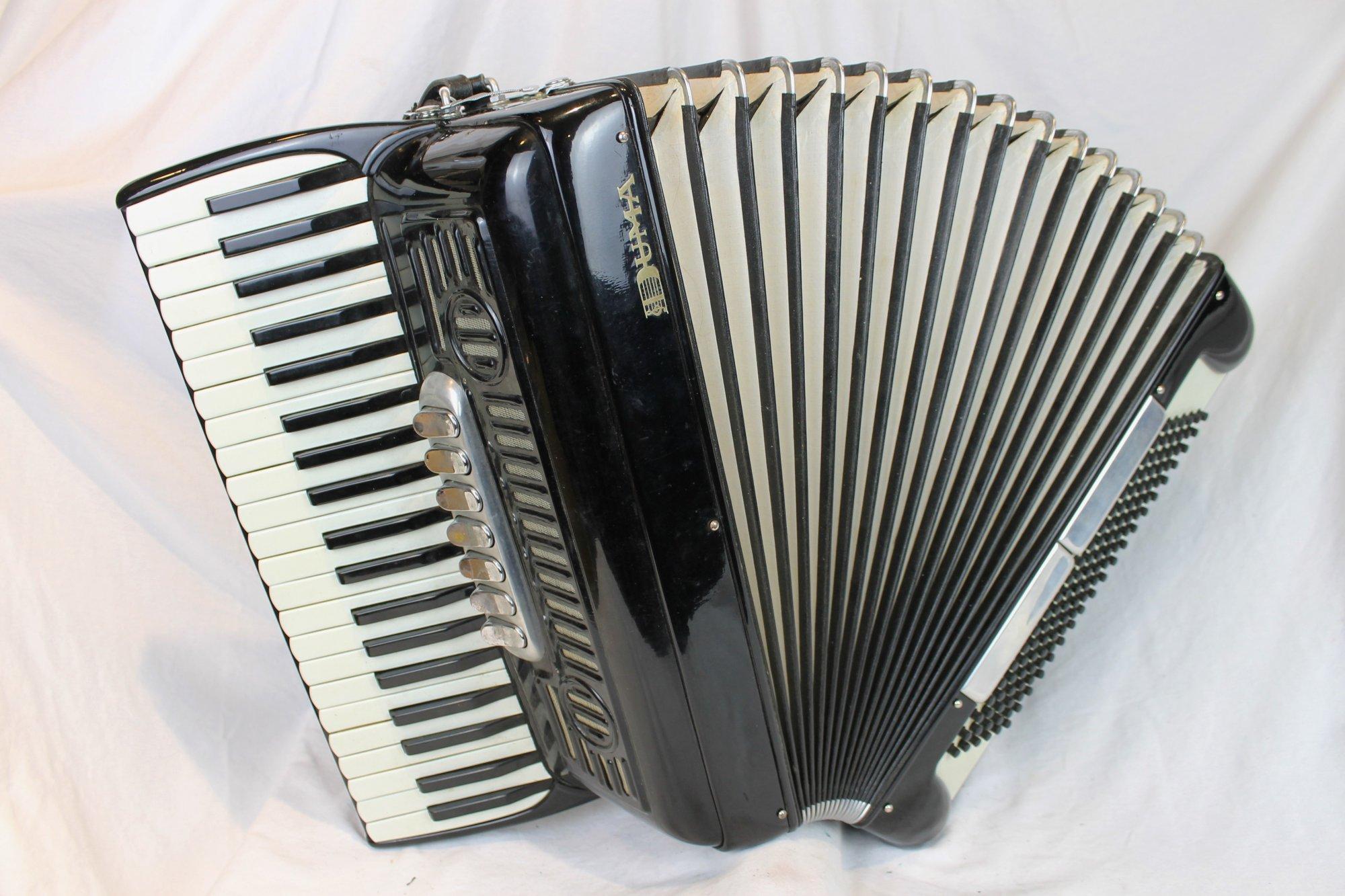 3868 - Black Pancordion Duma Piano Accordion LMH 41 120