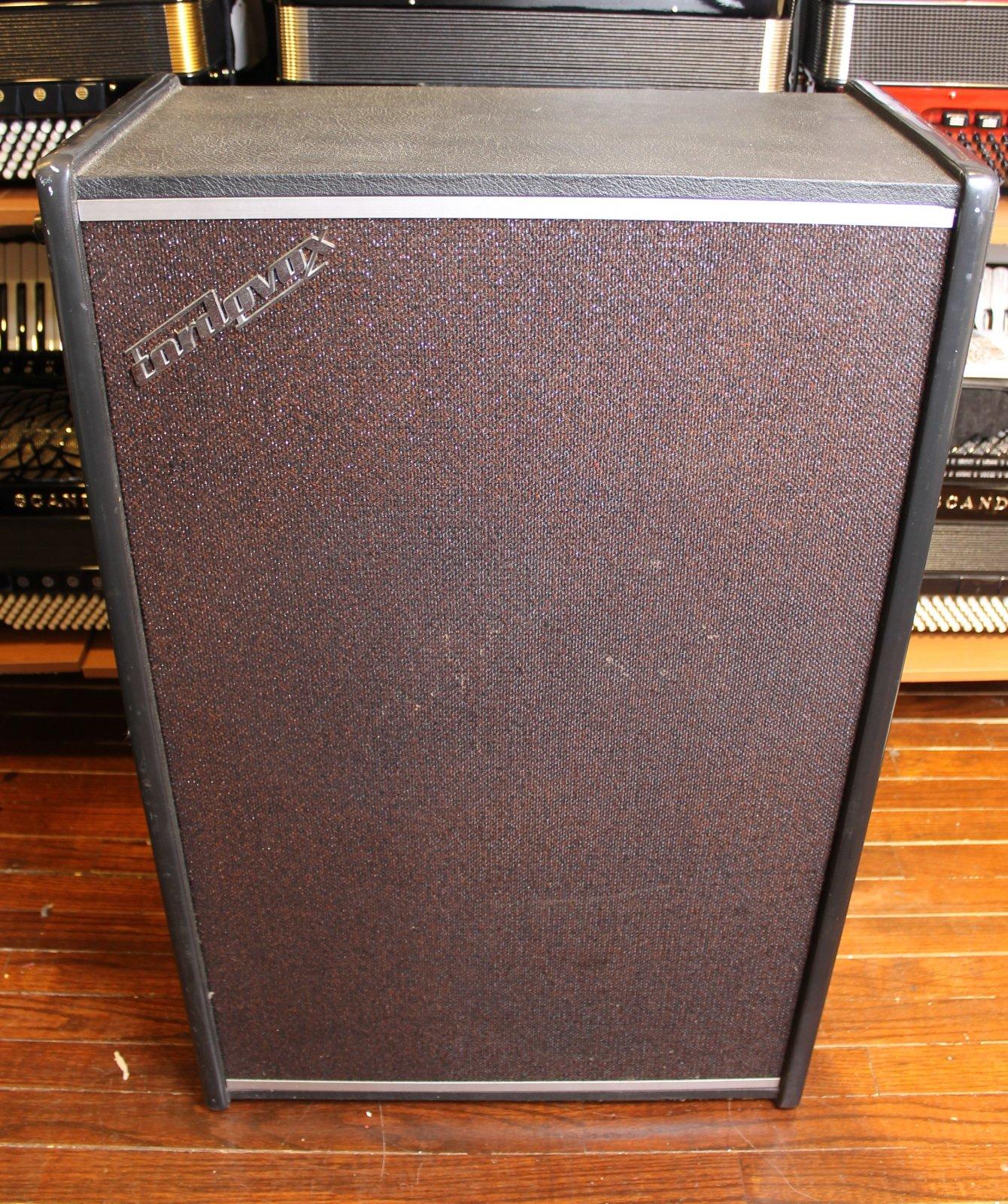 3890 - Cordovox CXA Solid State Amplifier 300 Watts Peak Power Vintage 1970s