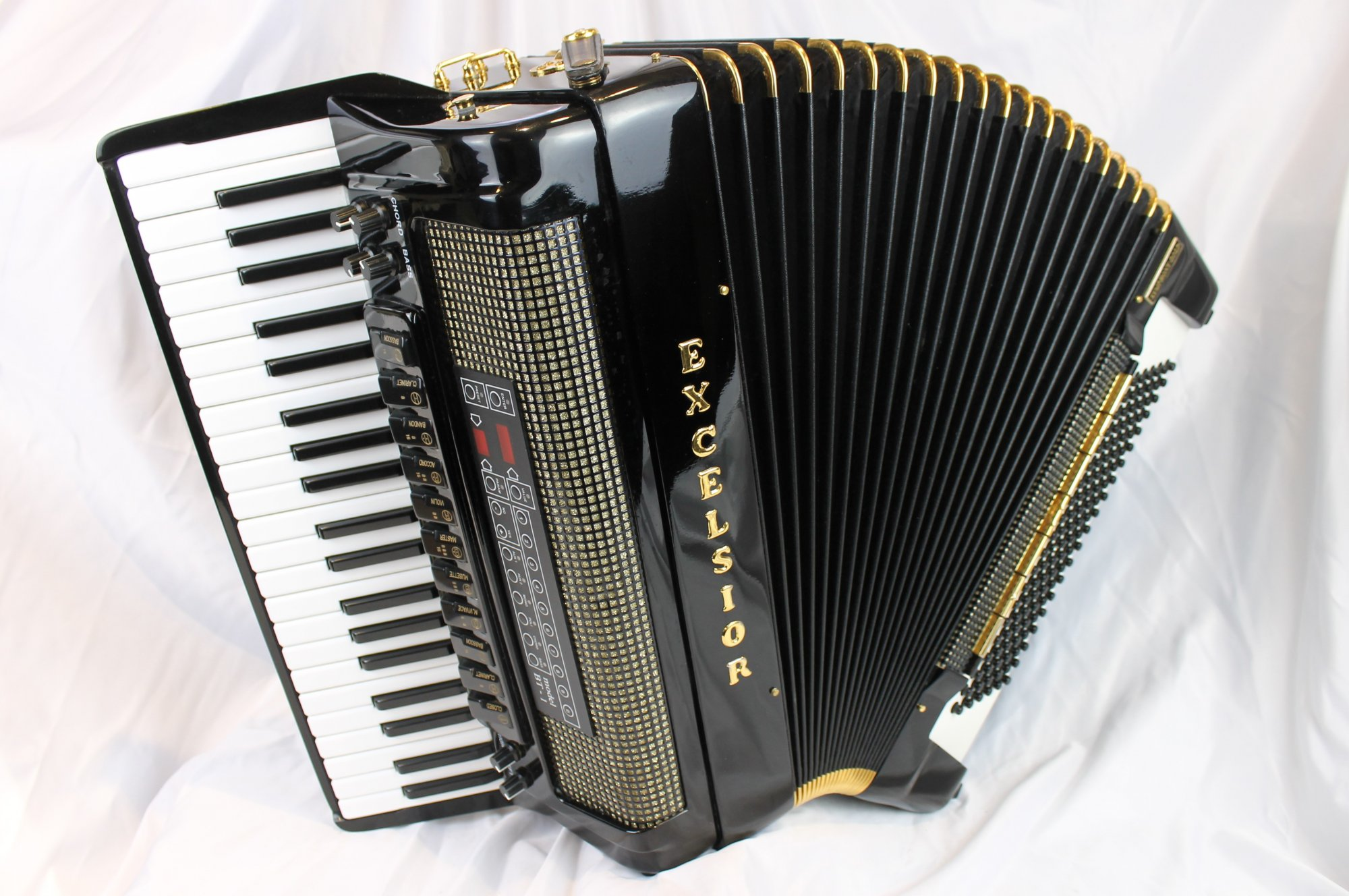 3895 - Black Excelsior Symphony Gold Piano Accordion LMMM 42 120