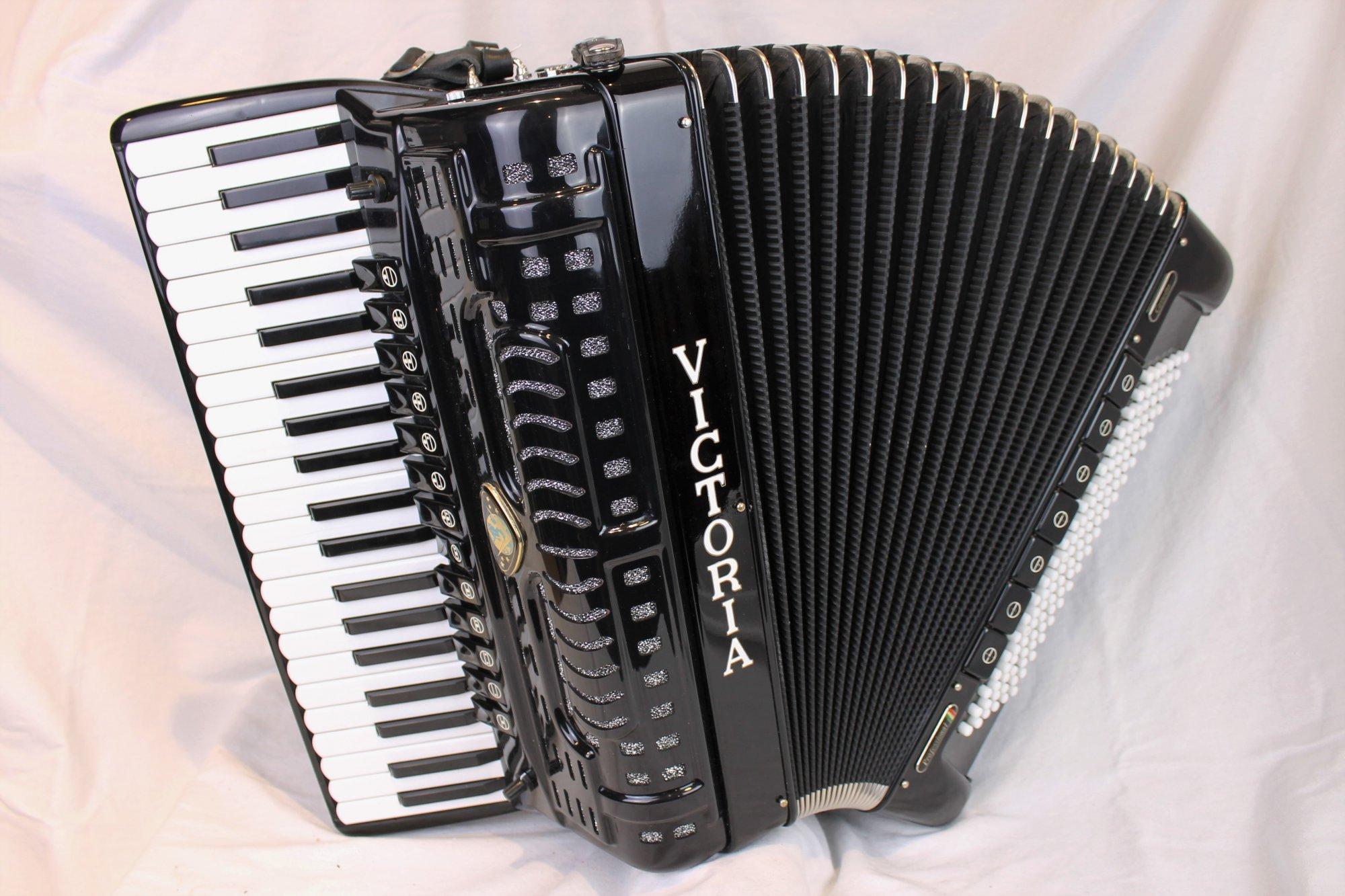 3915 - Black Victoria Professional Cassotto Piano Accordion LMMM 41 120