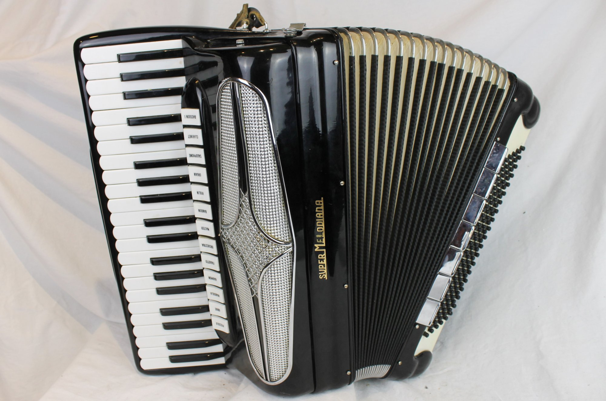3974 - Black Super Melodiana Piano Accordion LMMH 41 120