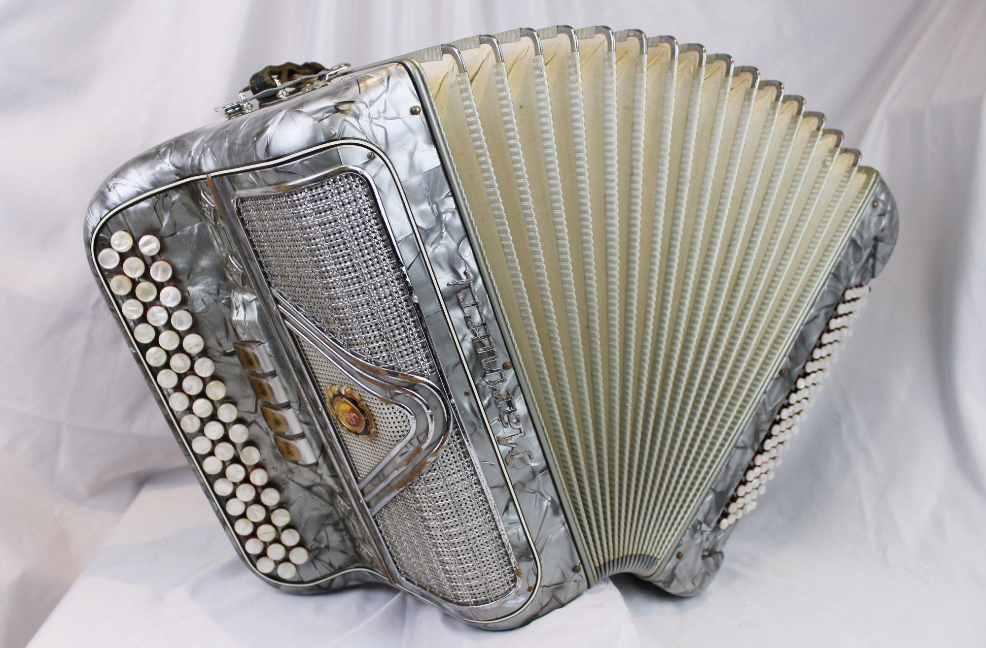 4552 - Silver Marinucci Chromatic Button Accordion C System LMM 46 80