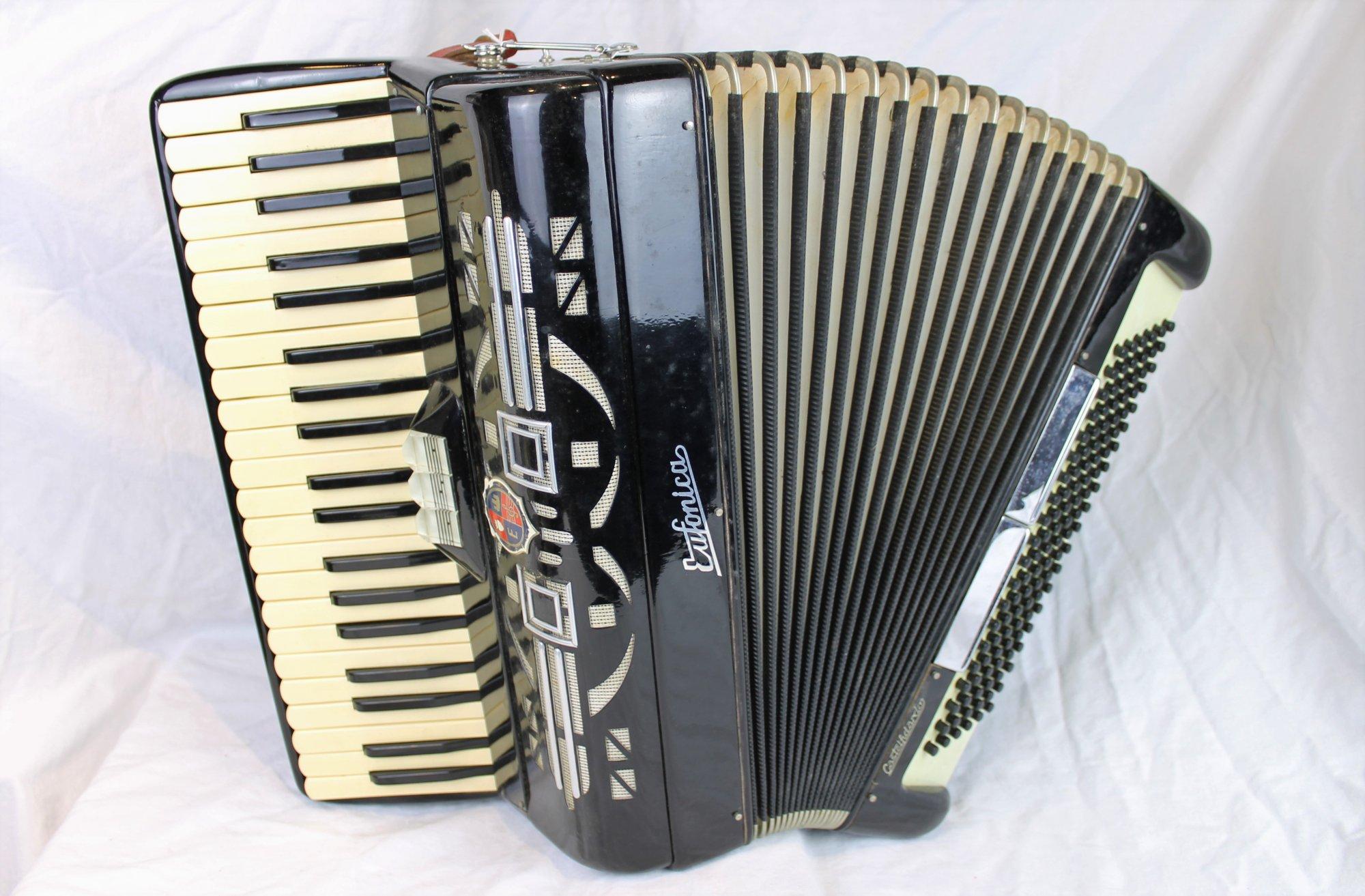 4584 - Black Eufonica Piano Accordion LM 41 120