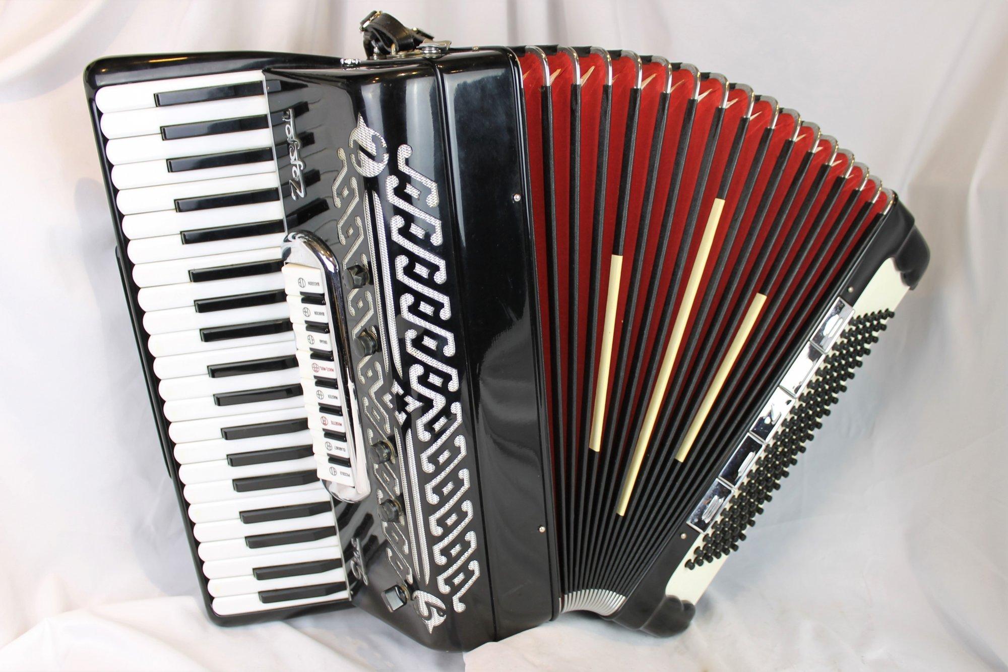 4805 - Black Gus Zoppi Piano Accordion LMMH 41 120
