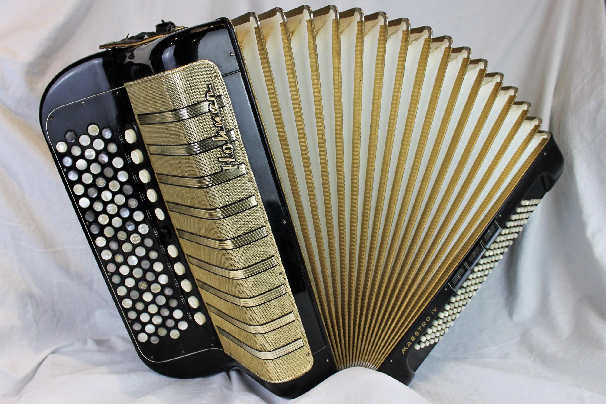 4882 - Black Gold Hohner Maestro IV Chromatic Button Accordion C System 82 120